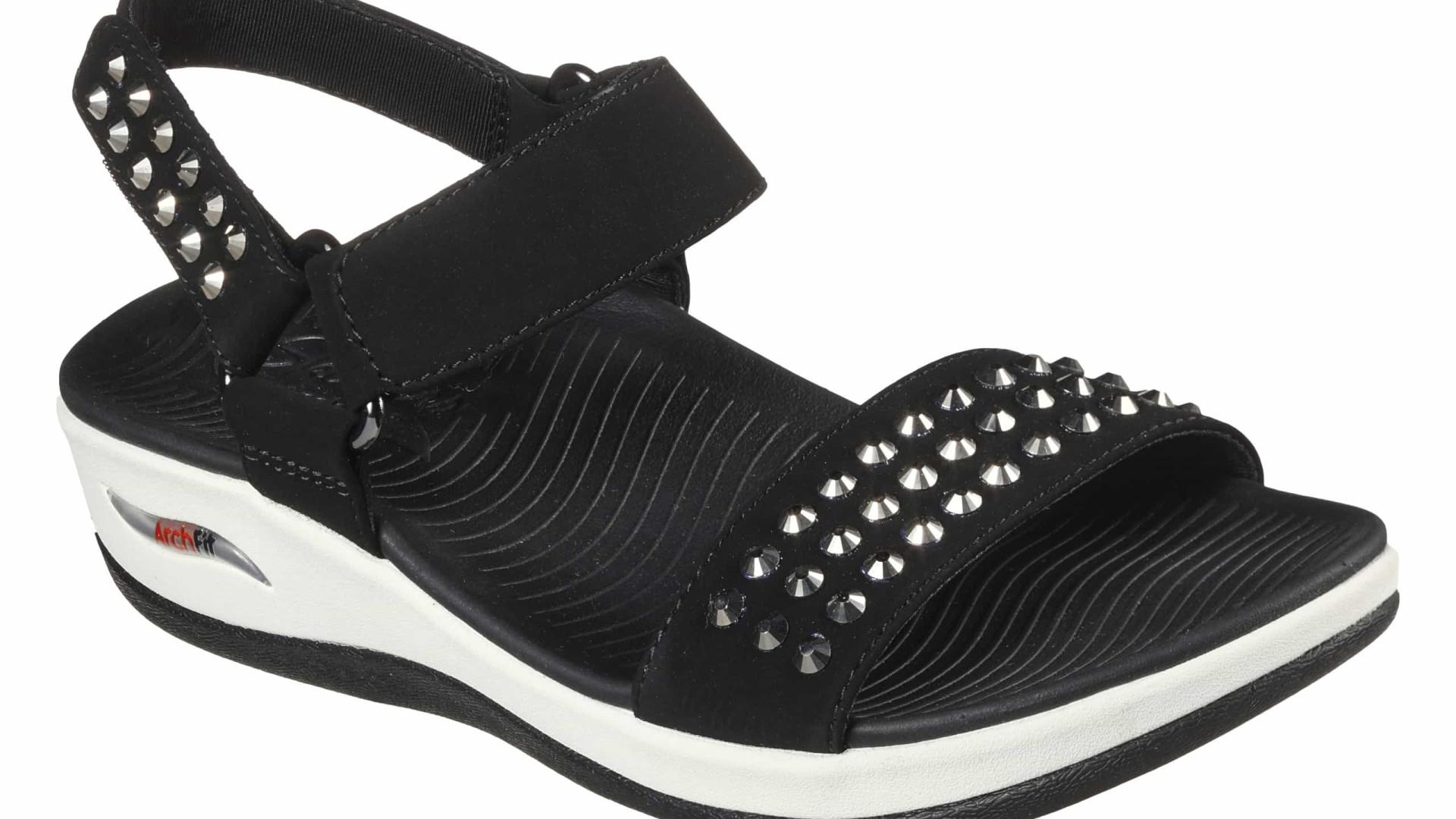Skechers apresenta as sandálias mais cool e confortáveis para o verão