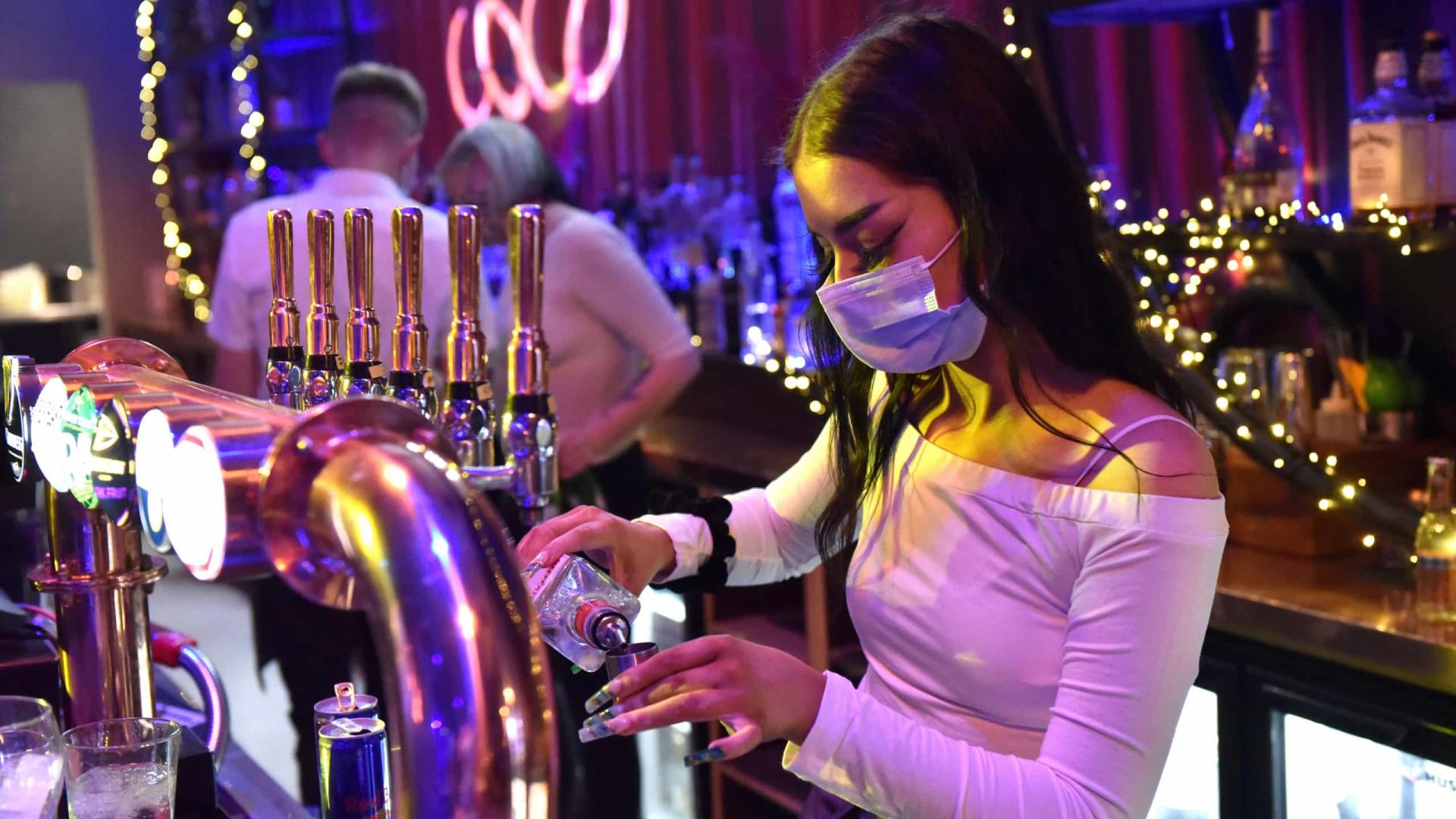 Covid-19: Discotecas podem reabrir no domingo com regras da restauração