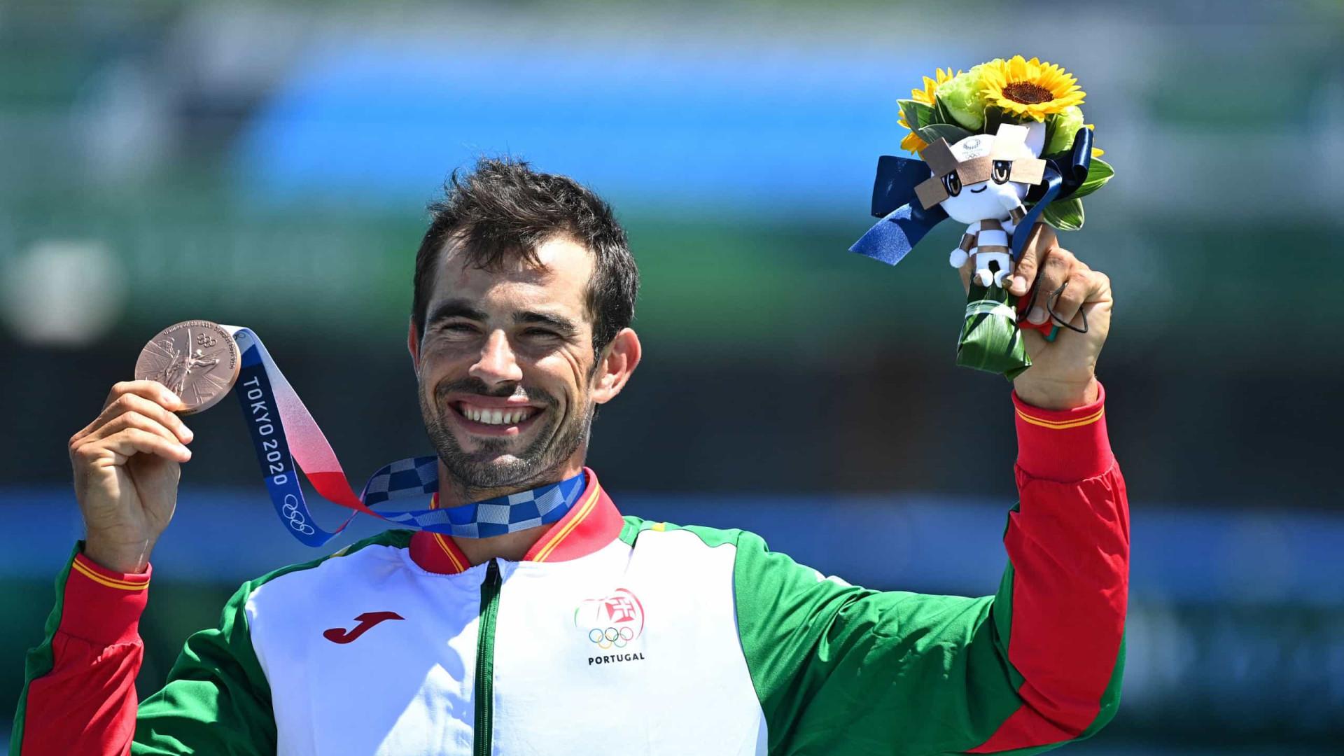 Fernando Pimenta conquista medalha olímpica de bronze em K1 1.000