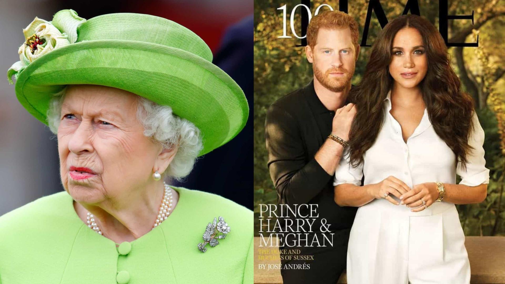 """Capa de Harry e Meghan foi uma """"facada"""" na reputação da rainha Isabel II"""