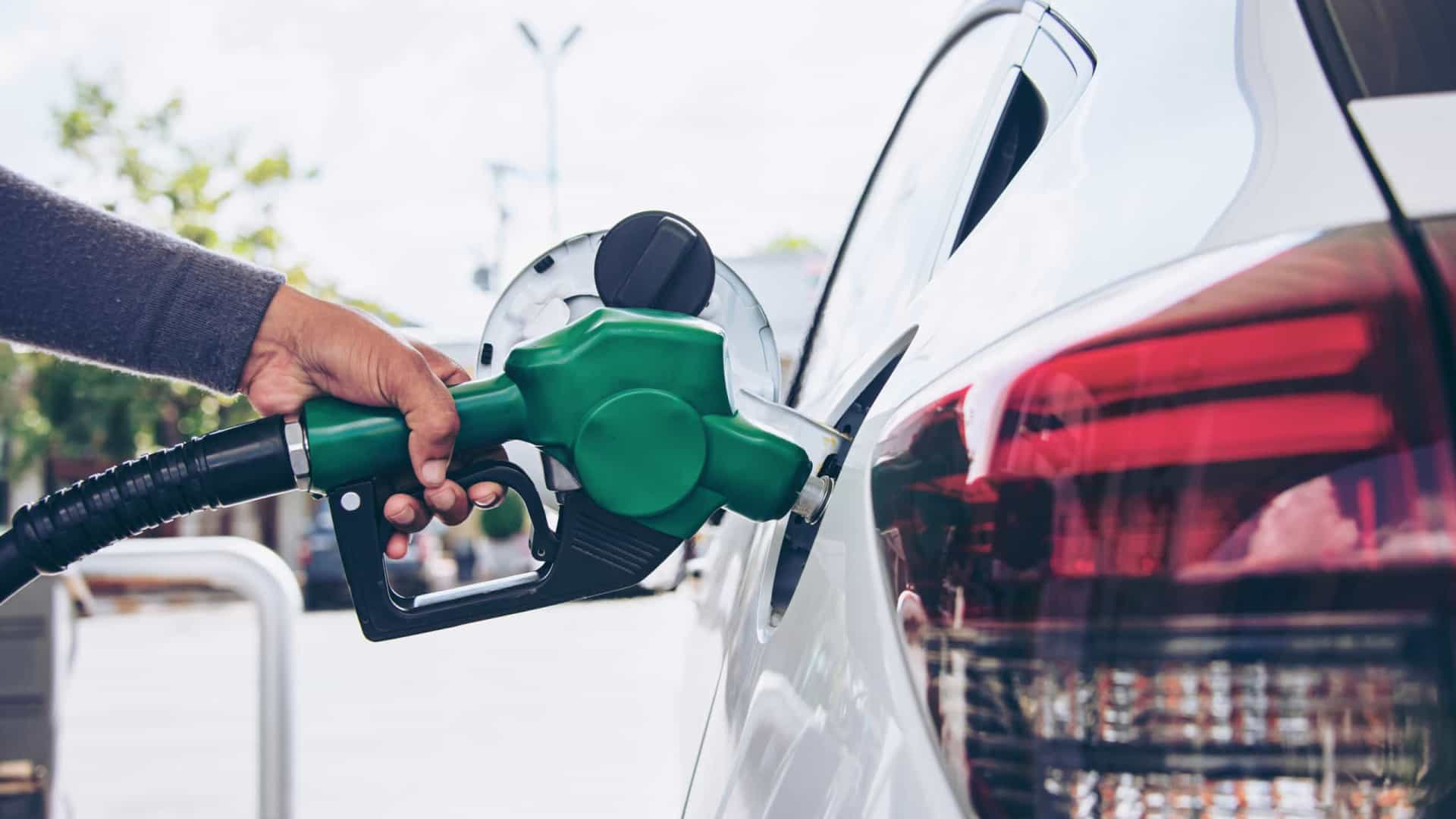 """Combustíveis? Costa prepara """"medida transitória"""" (e 'chega' esta semana)"""