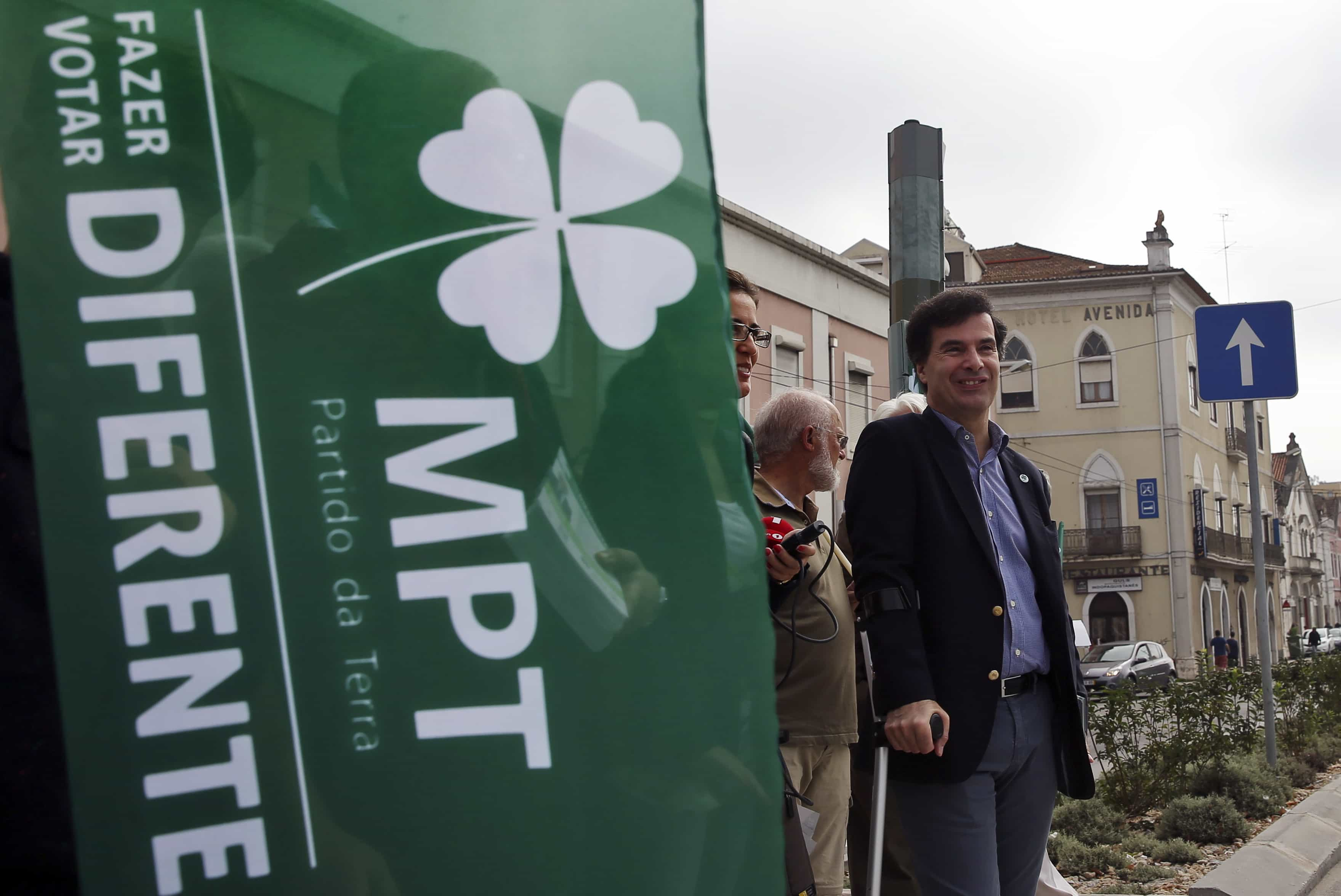 MPT retira confiança política ao eurodeputado José Inácio Faria
