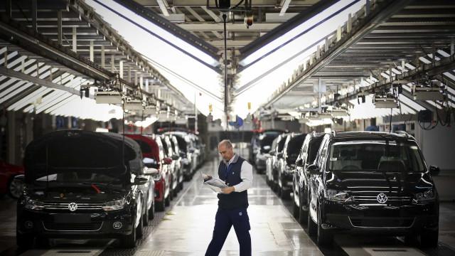 Autoeuropa inicia hoje paragem de uma semana devido a falta de peças