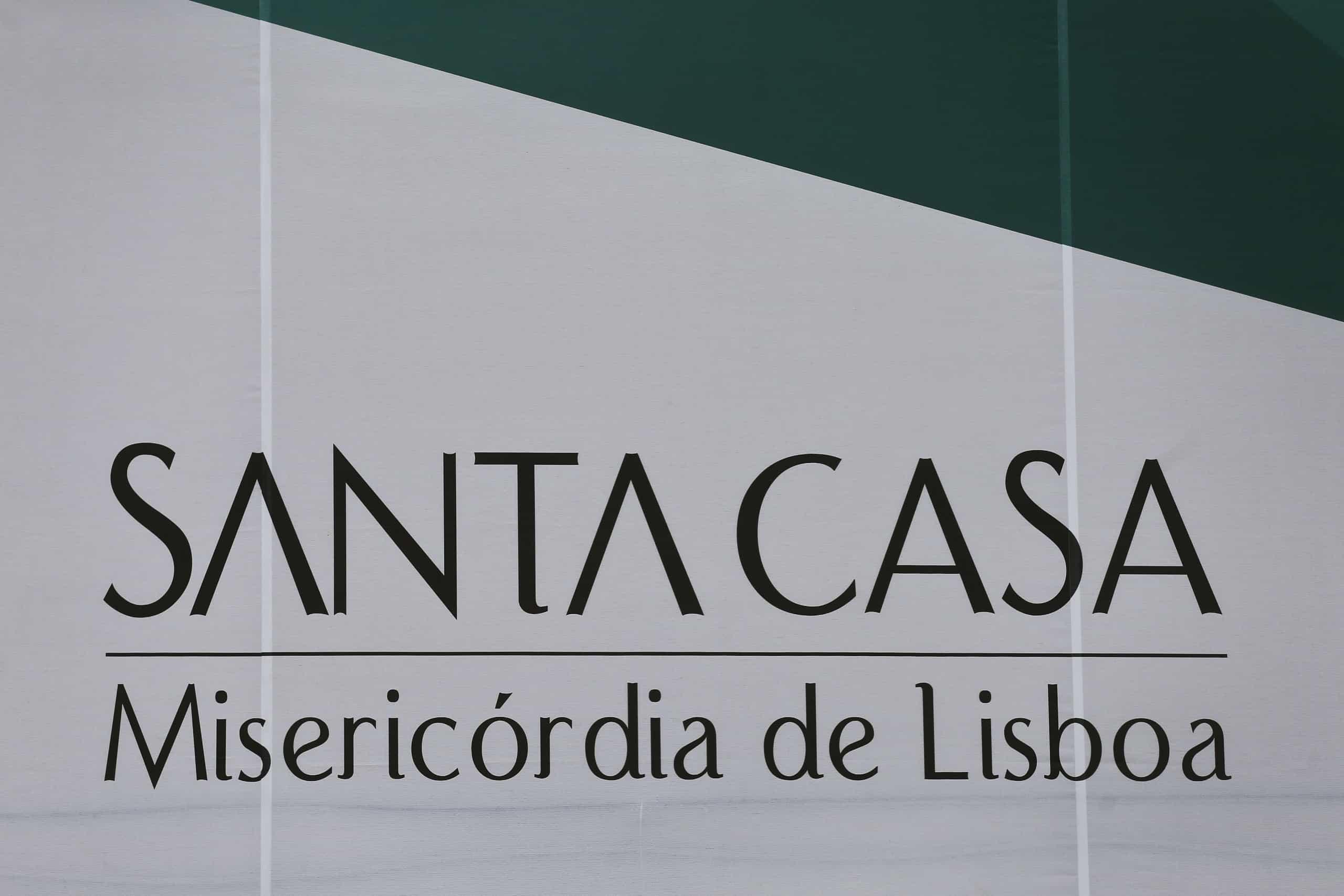 Santa Casa devolve cortes salariais com juros aos funcionários