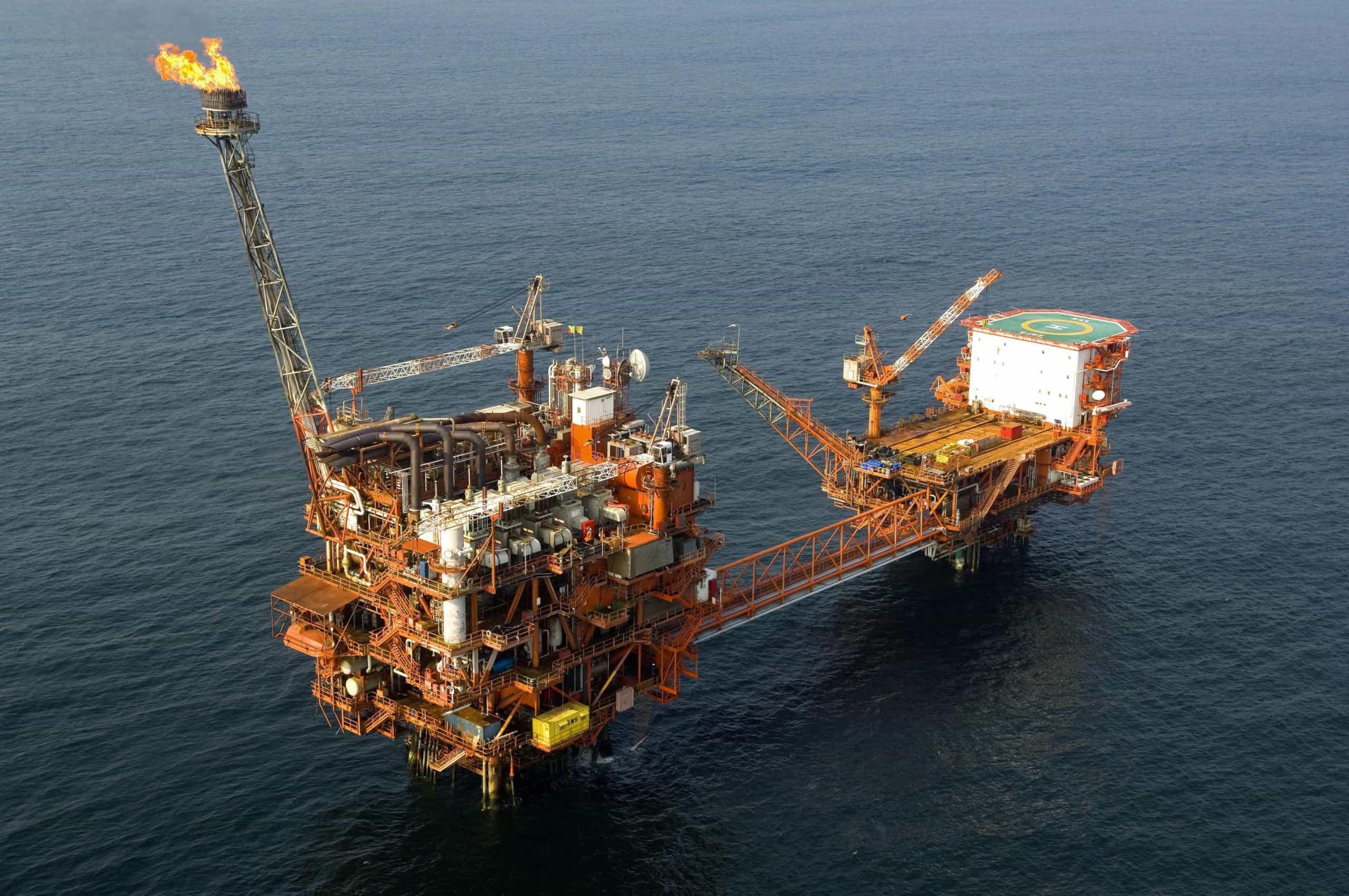 Há quatro anos que Angola não vendia barril de petróleo tão alto