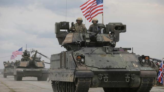 EUA pressionam países a pagar mais pela presença das suas bases militares