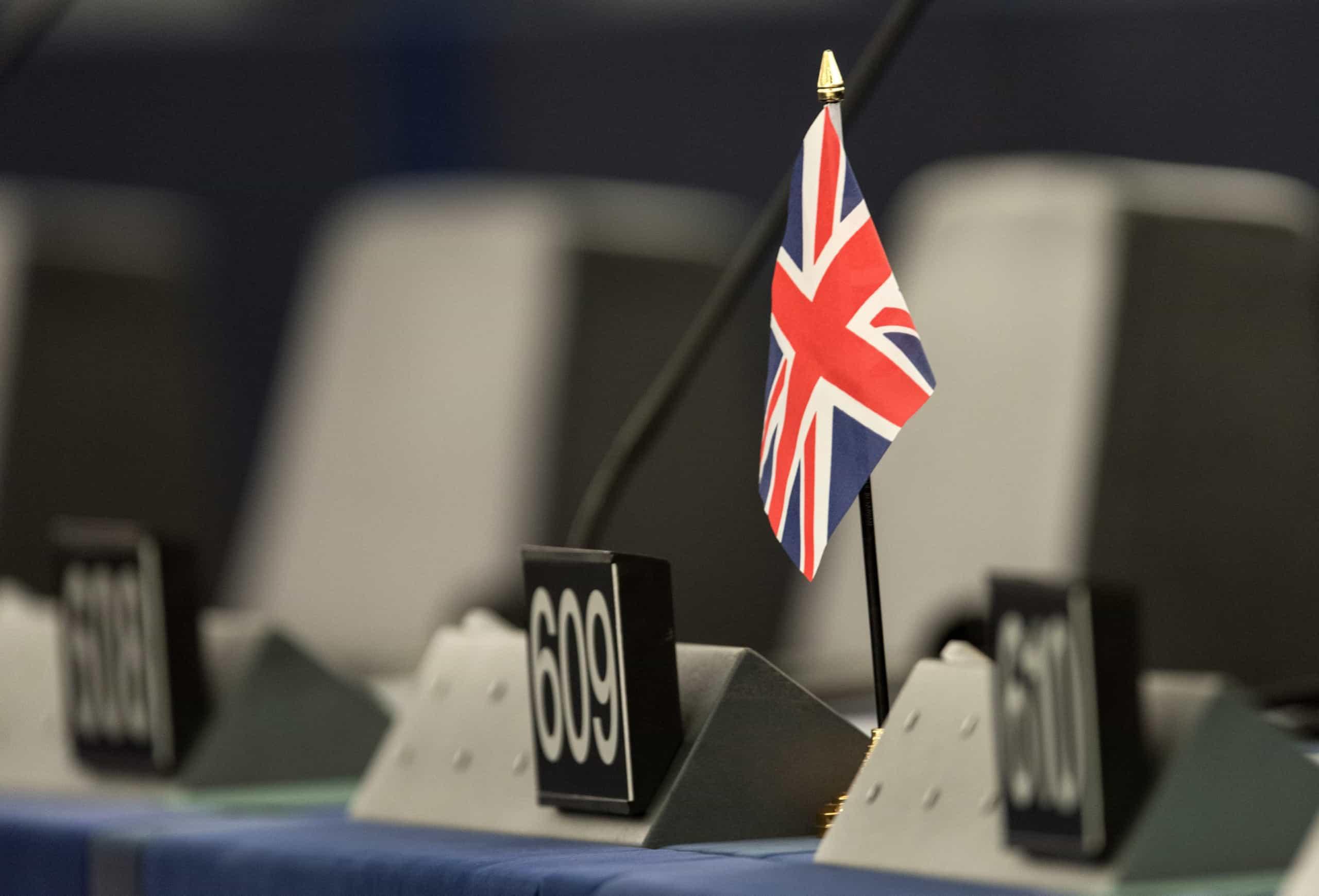 Parlamento Europeu vota medidas urgentes perante incerteza do Brexit