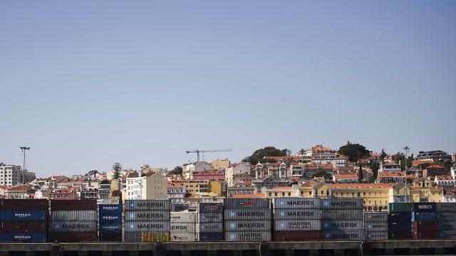 Portos do continente registam quebra de 3,8% na carga movimentada