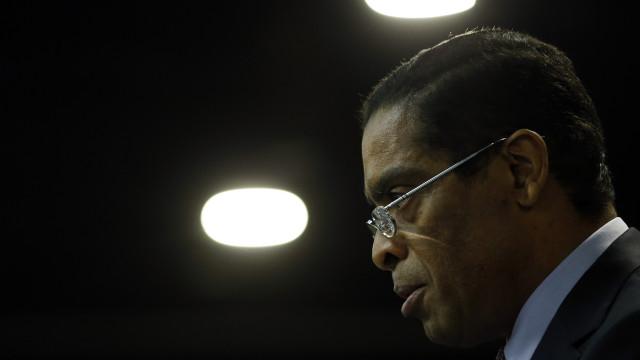 Sócios angolanos do ex-BESA chamados a responder a ação do BES
