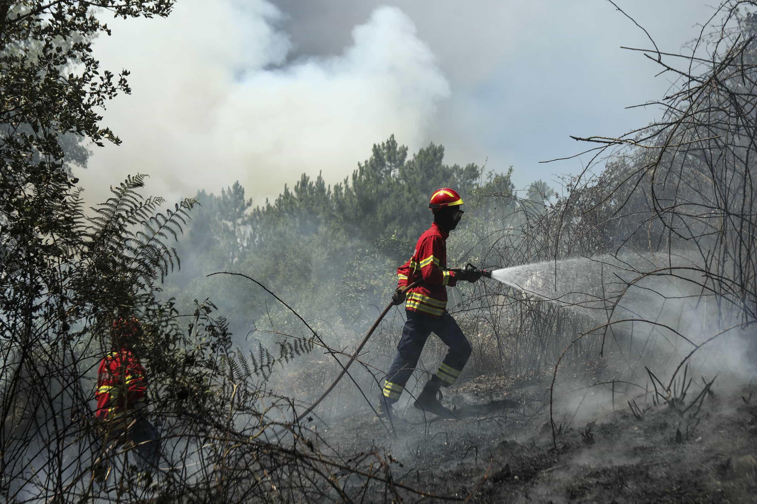 Governo aprova beneficios para sapadores de bombeiros