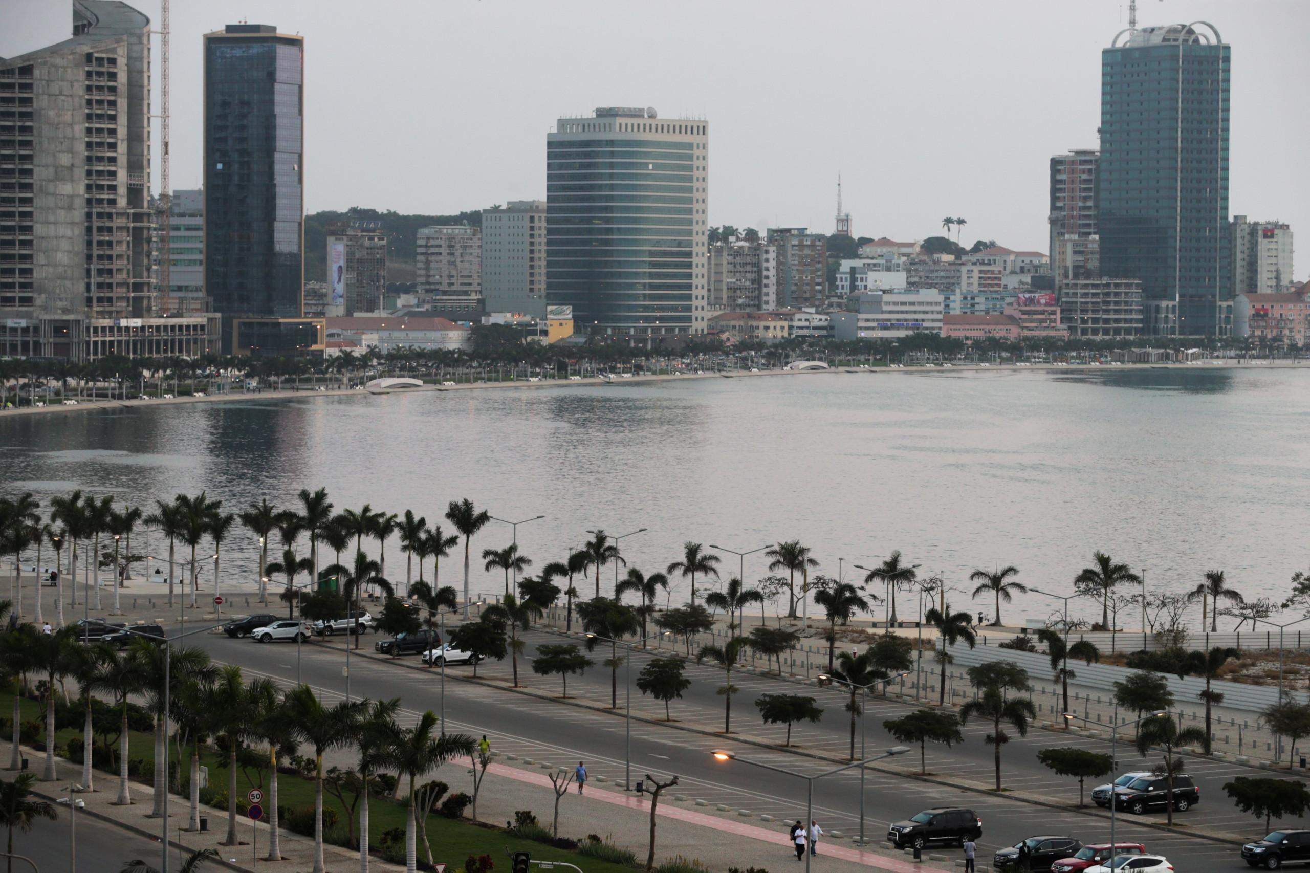 Angola expulsou na última semana 2.400 cidadãos estrangeiros