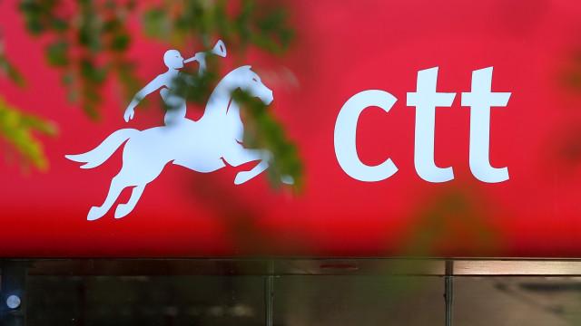 """Fecho de estações dos CTT é """"estratégia errada"""", diz ministro"""