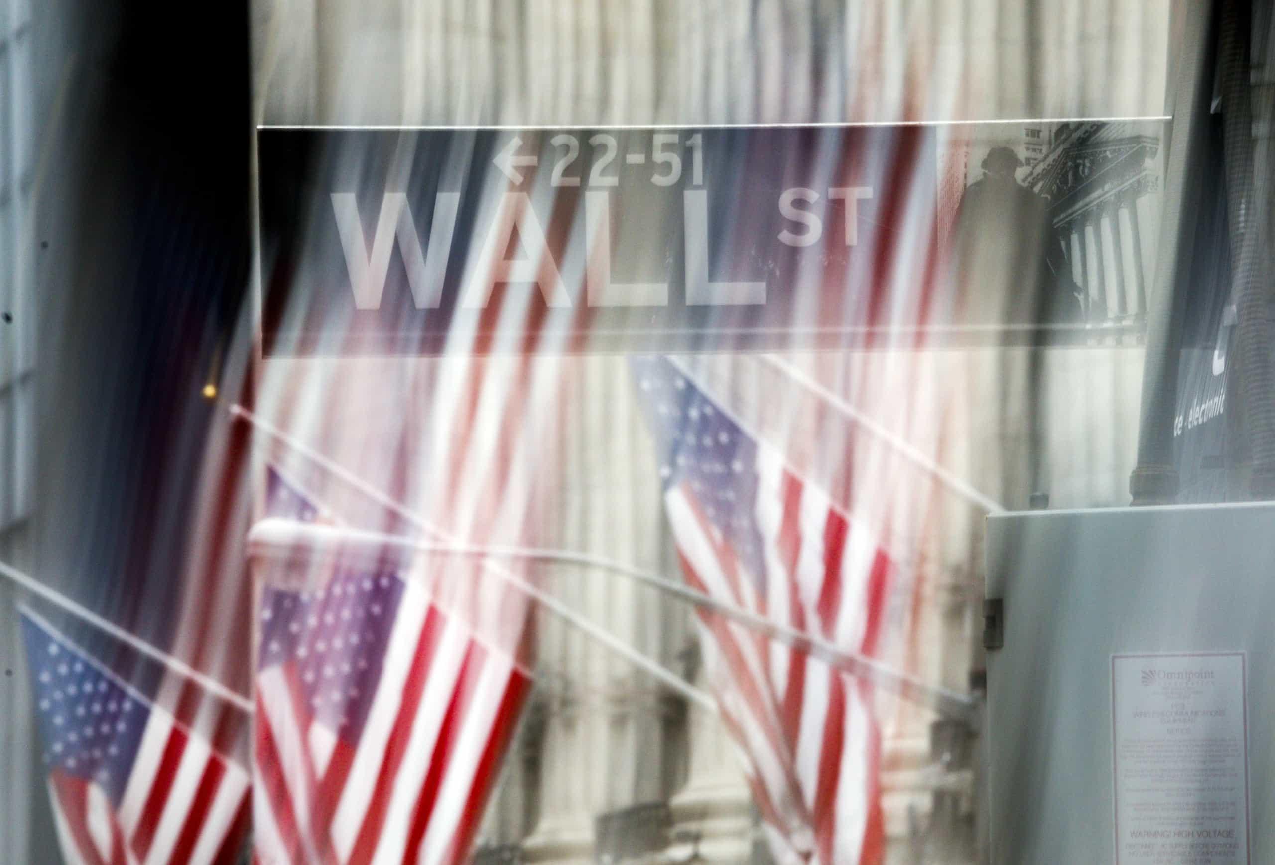 Bolsa de Nova Iorque negoceia mista no início da sessão
