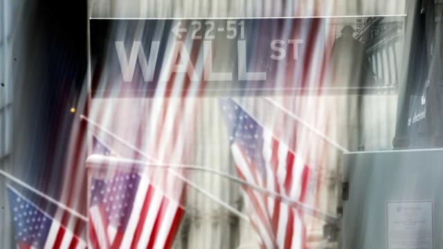 Wall Street fecha em baixa por Amazon e Alphabet desiludirem investidores