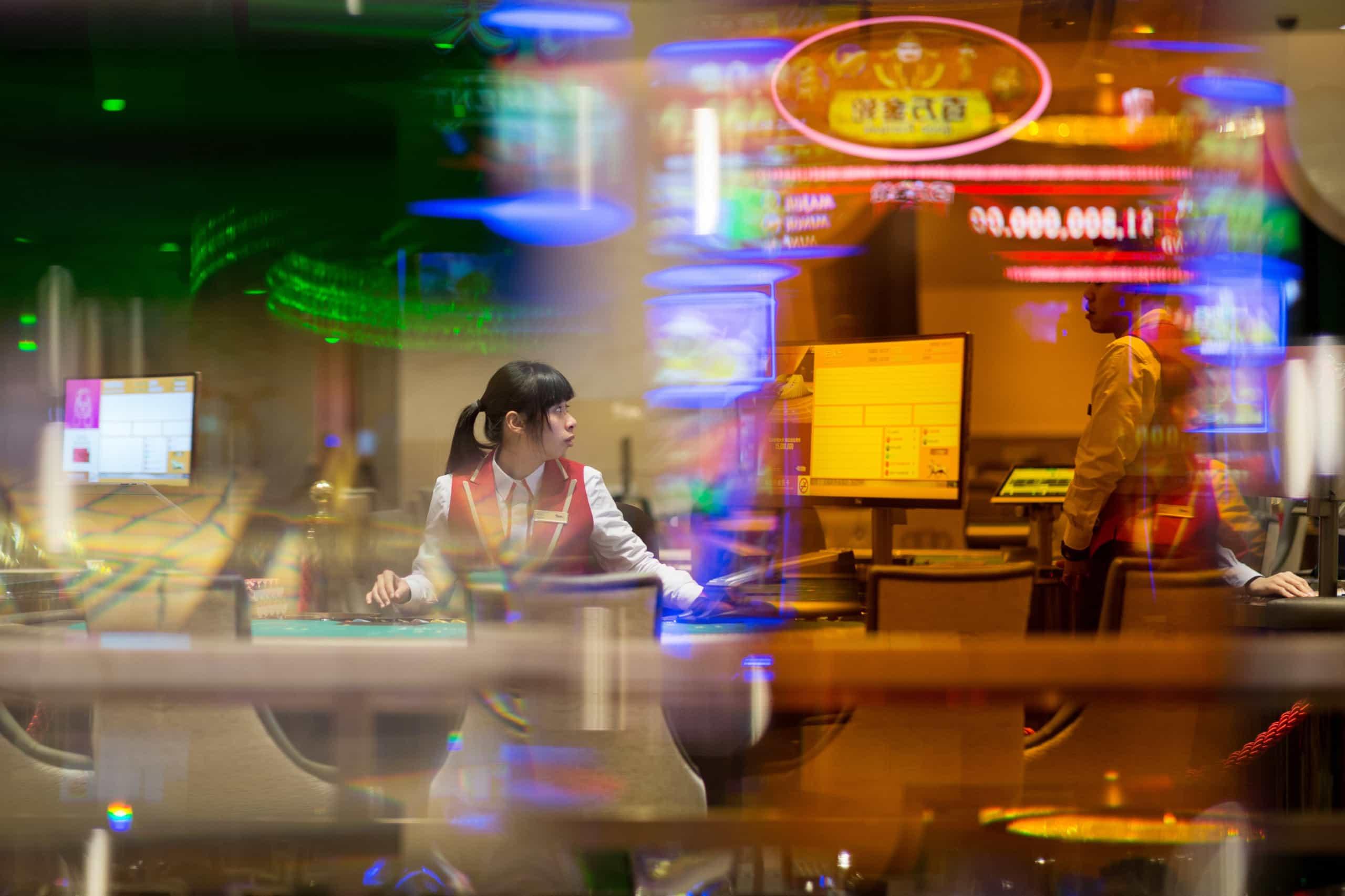 Receitas dos casinos de Macau recuam 0,4% em março