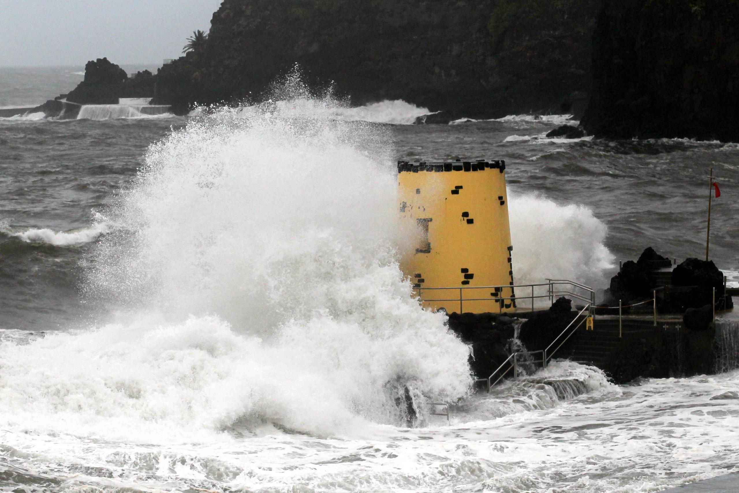 Capitania prolonga aviso de mau tempo no mar da Madeira até domingo