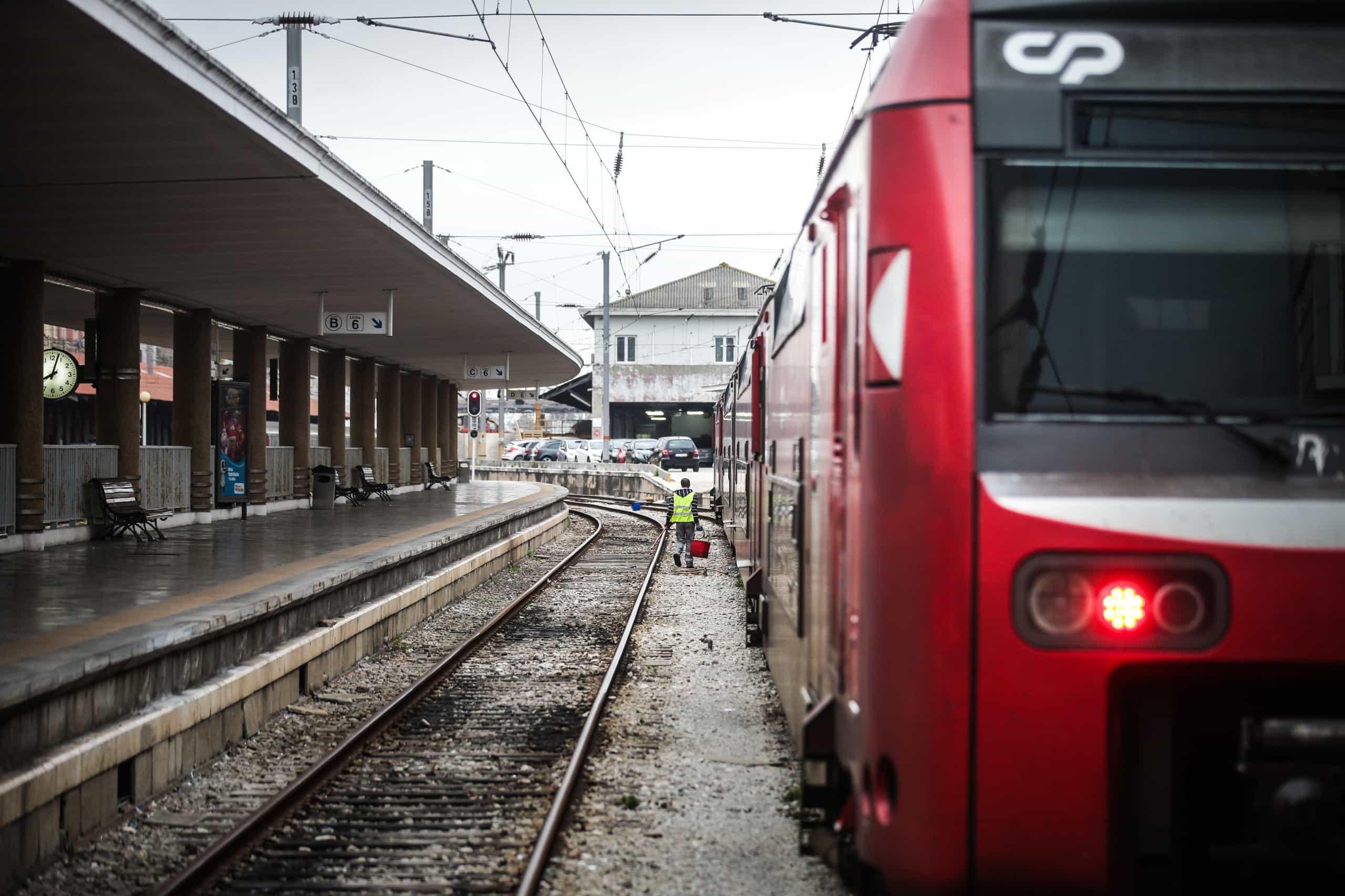 """Governo fez """"muitas cedências"""" para chegar a acordo com ferroviários"""