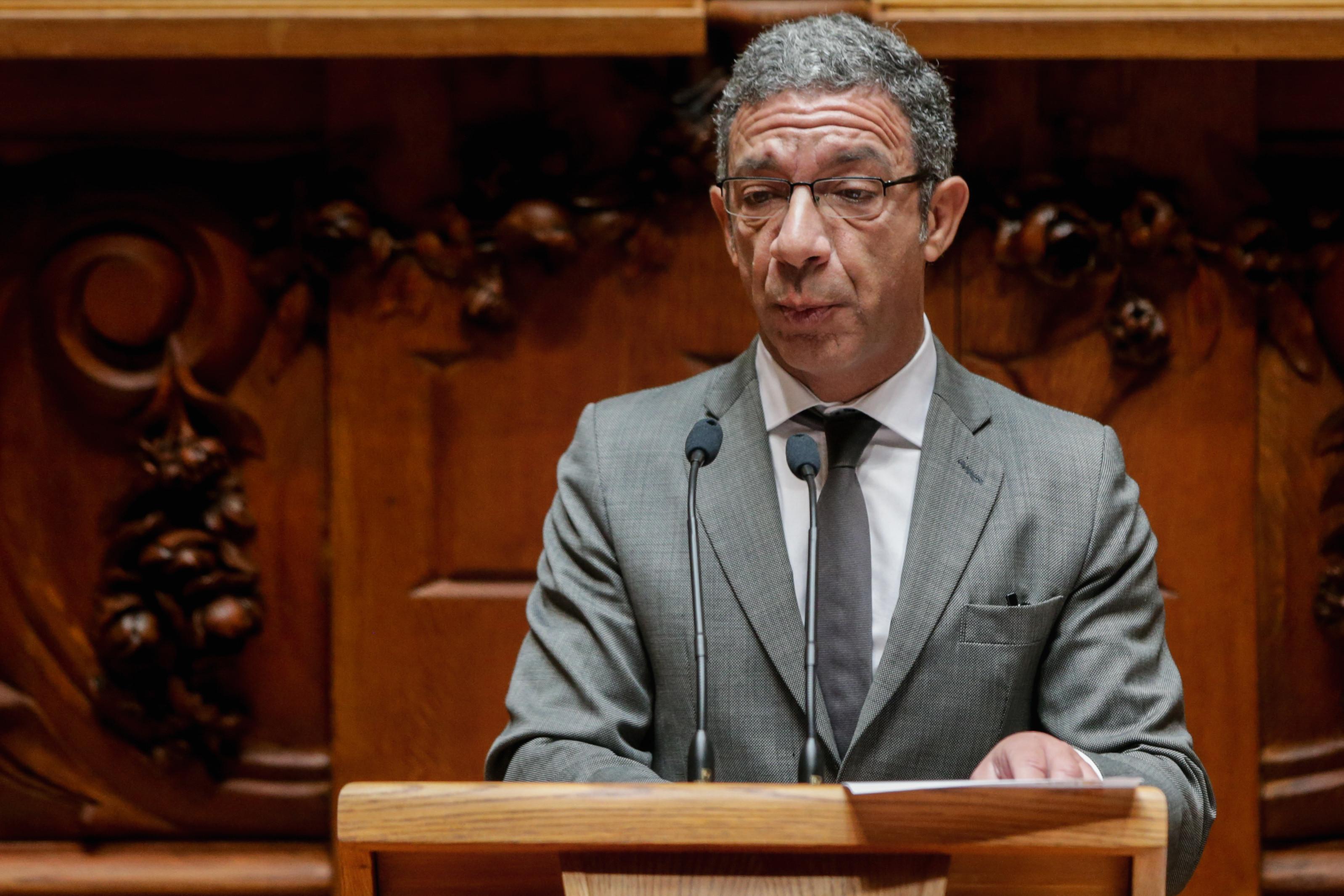 PSD não se opõe a inquérito a Novo Banco se outro partido propuser