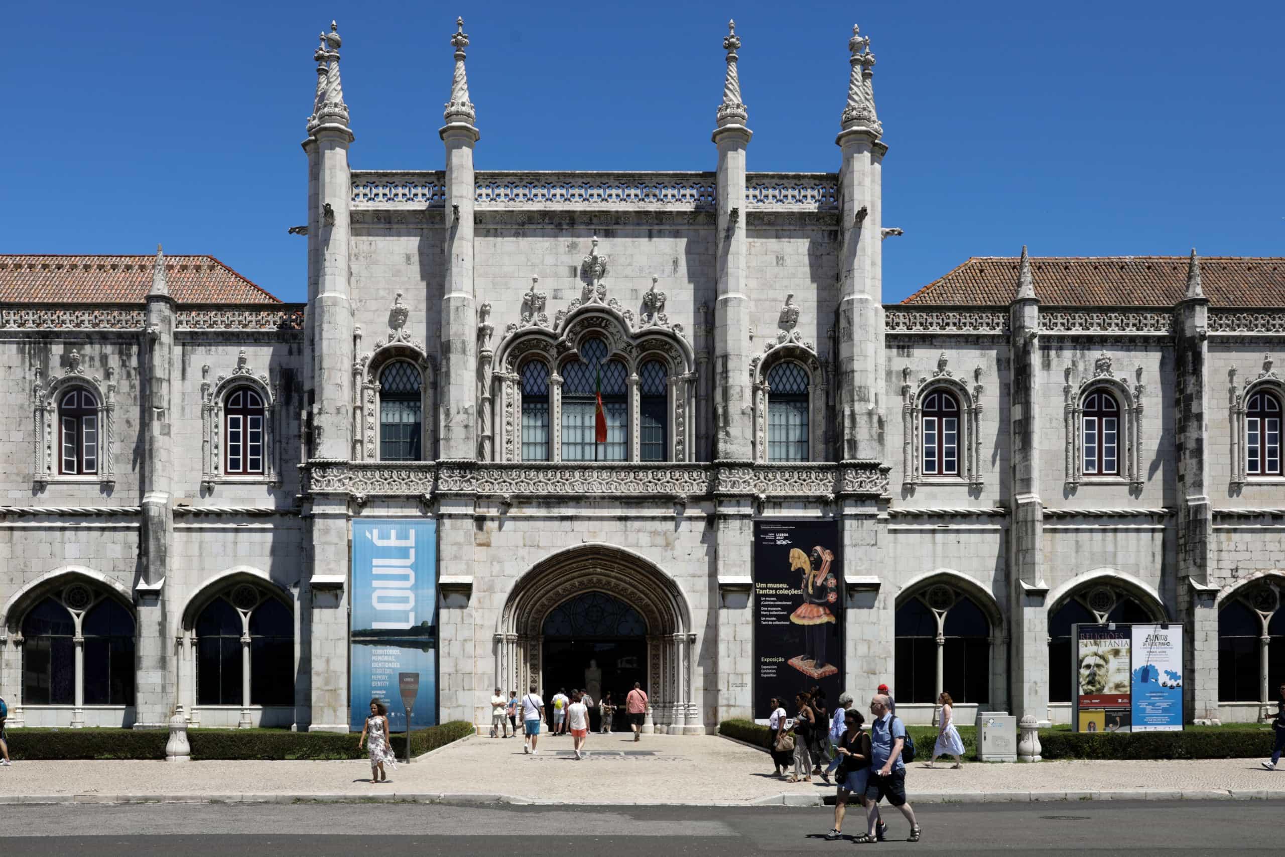 Vinte peças do Museu Nacional de Arqueologia mostradas em Espanha