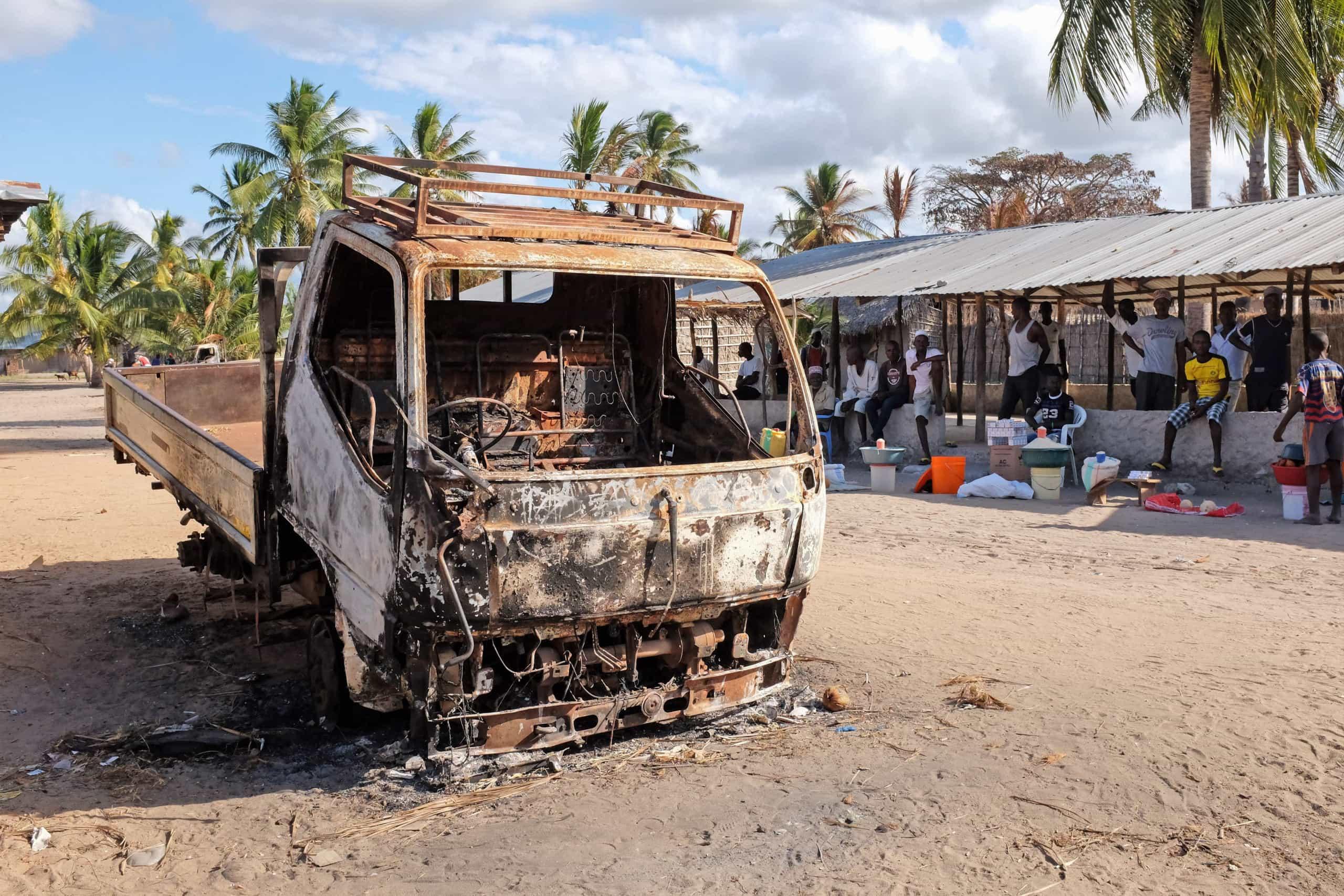 Moçambique: Forças especiais tomam base insurgente e capturam membros