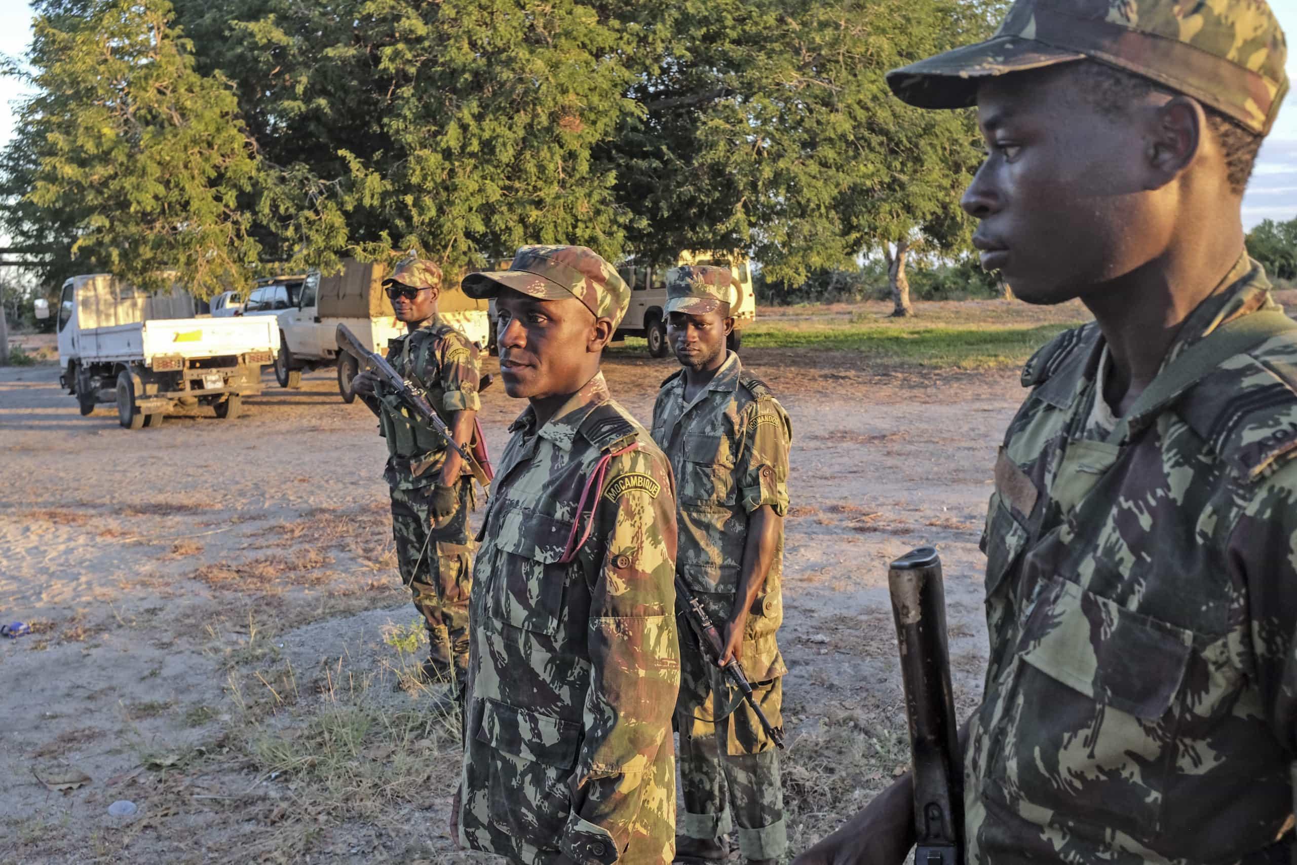 Insurgência em Cabo Delgado atrasa subida nos 'ratings' de Moçambique