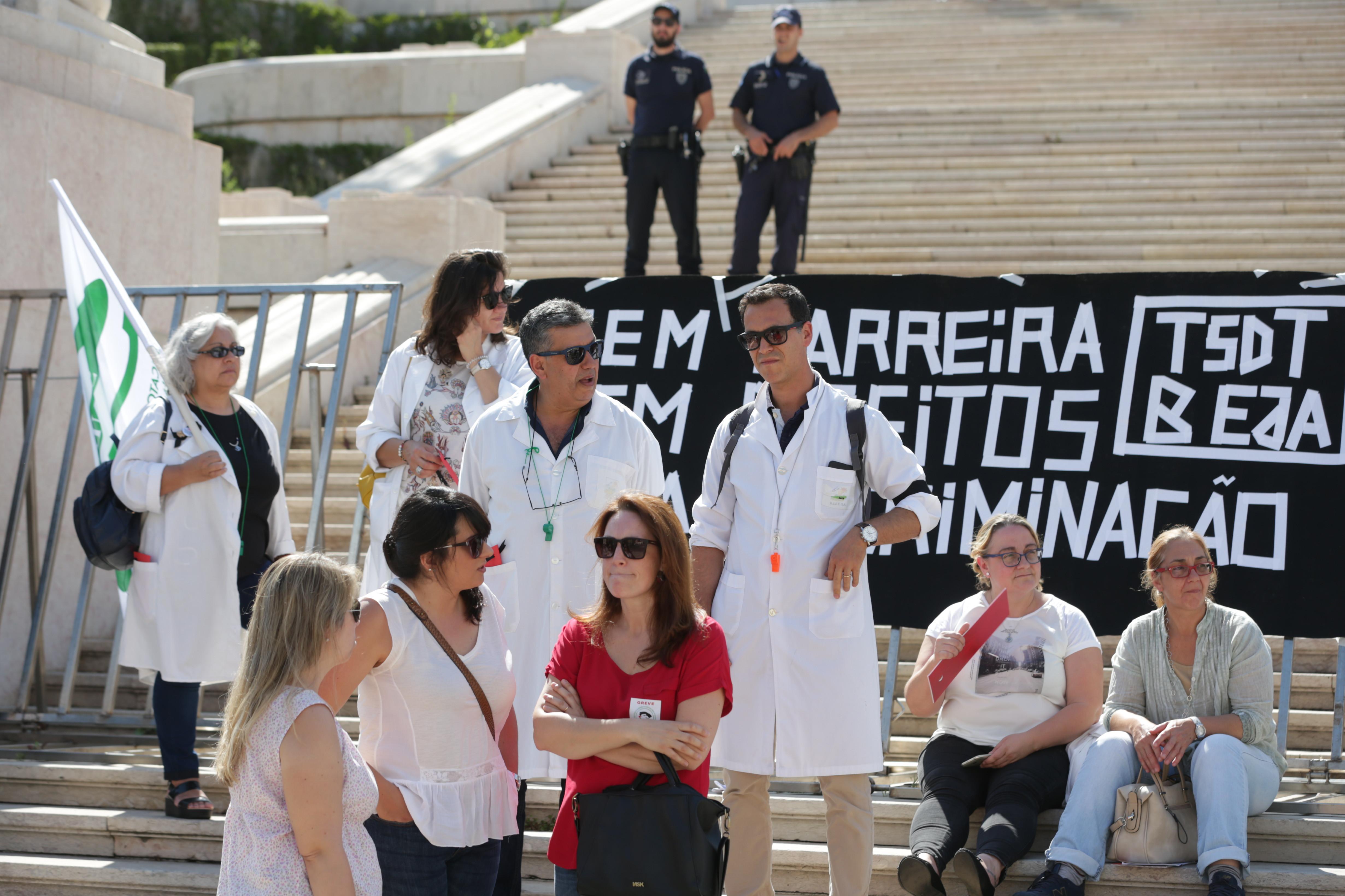 Ministério trabalha com técnicos de diagnóstico mas lembra prioridades