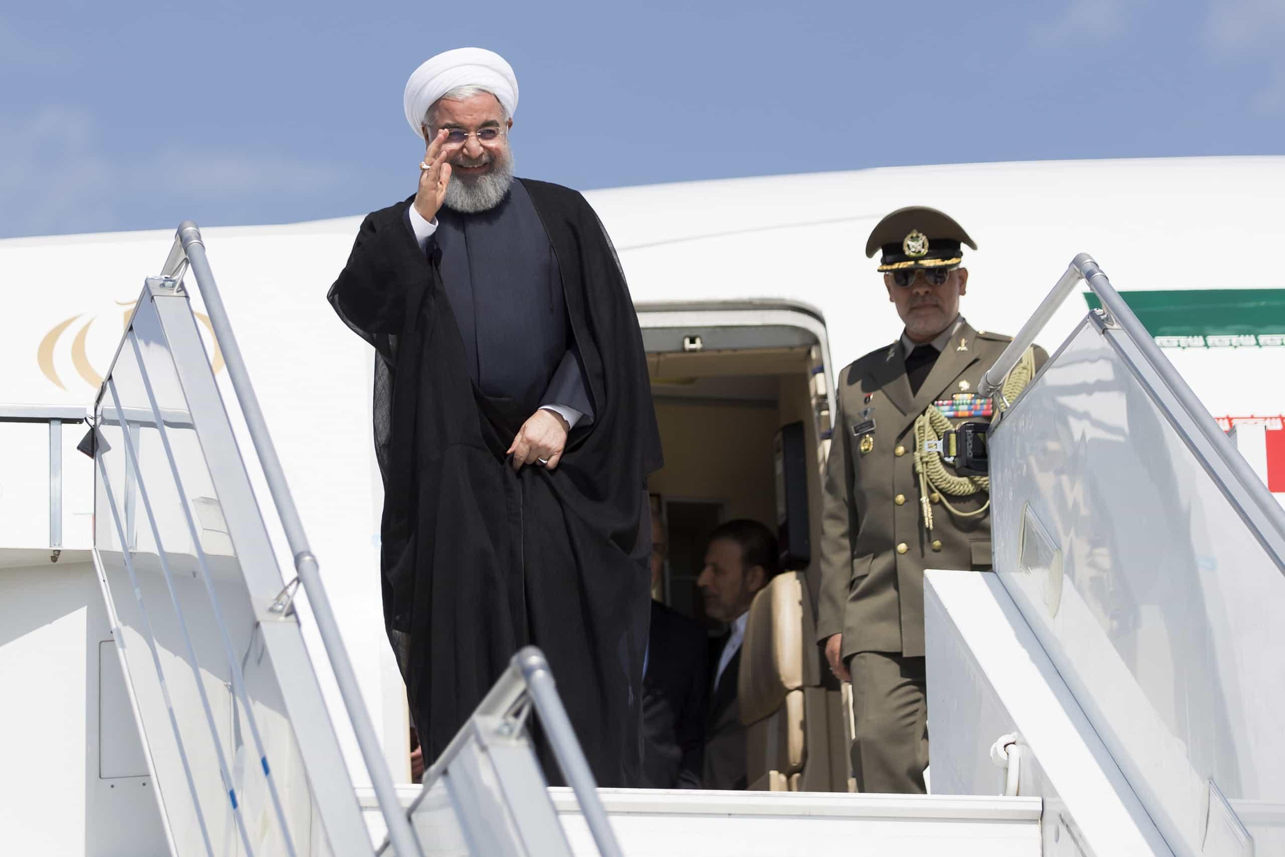 Irão e Iraque comprometeram-se a fortalecer relações económicas