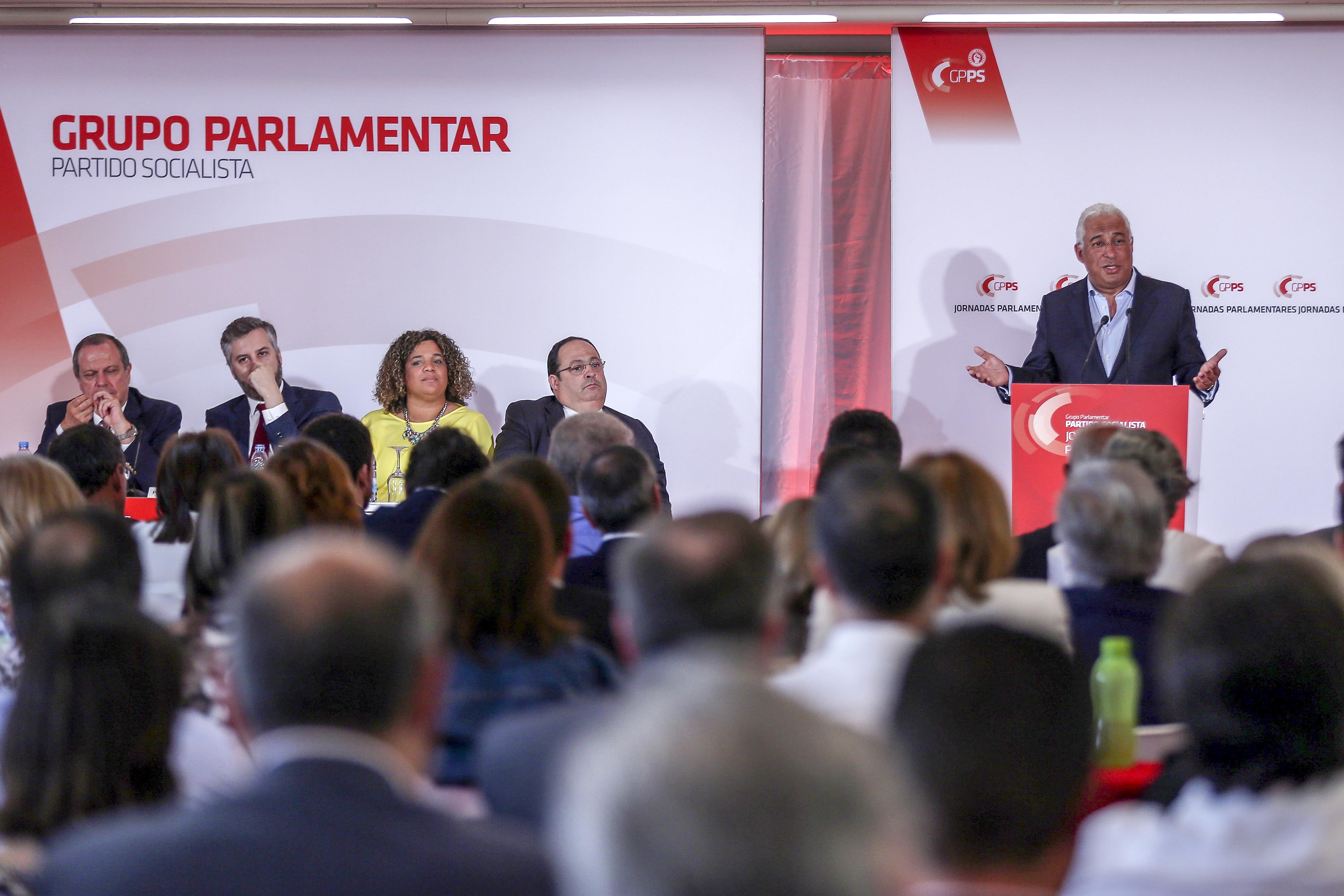 Deputados do PS em jornadas parlamentares debatem orçamentos do futuro