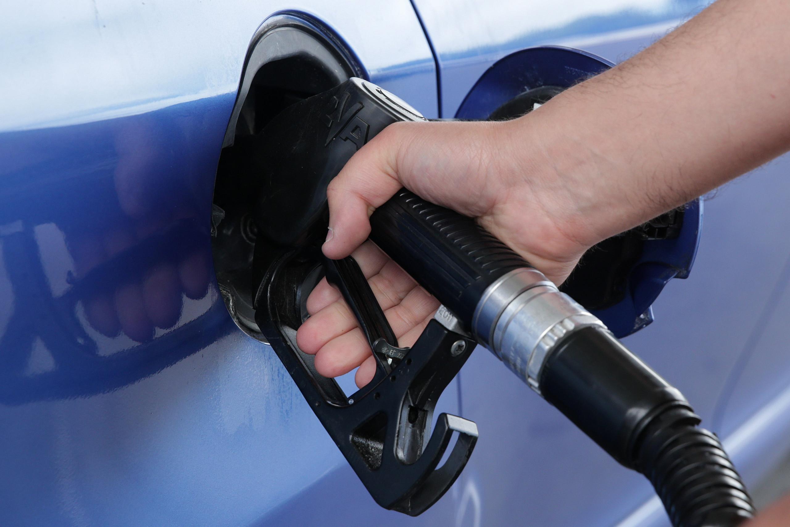 Governo nega receita extra com combustíveis denunciada pela oposição