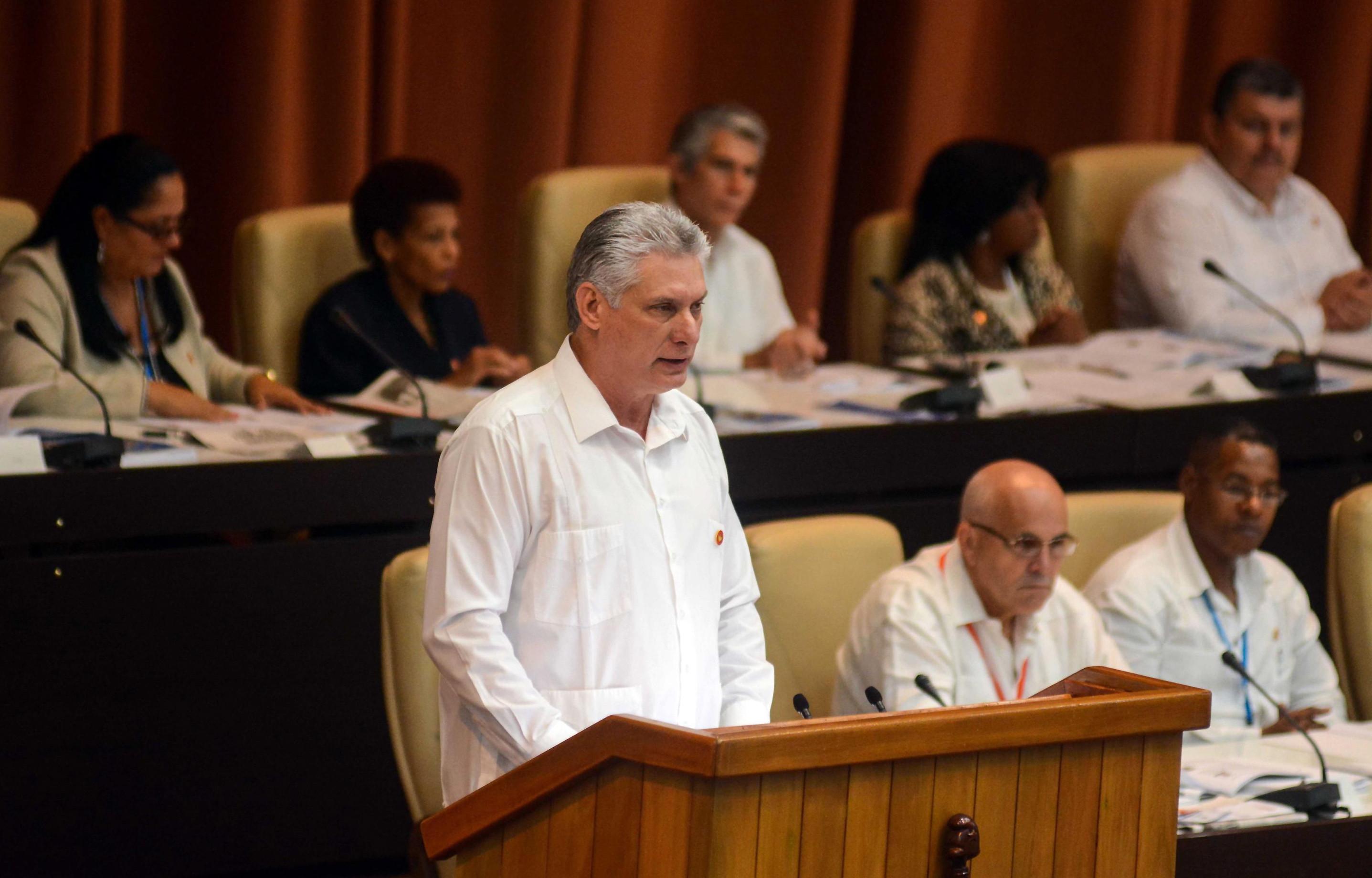 Cubanos votam projeto da nova Constituição em fevereiro de 2019