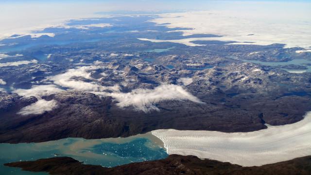 Descoberta cratera com 31 quilómetros de diâmetro na Gronelândia