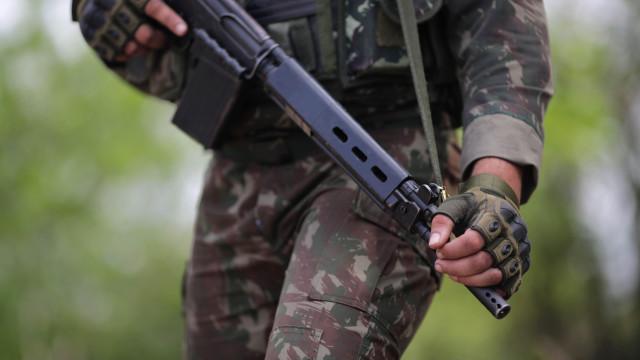 Nove militares suspeitos de disparar contra carro em prisão preventiva