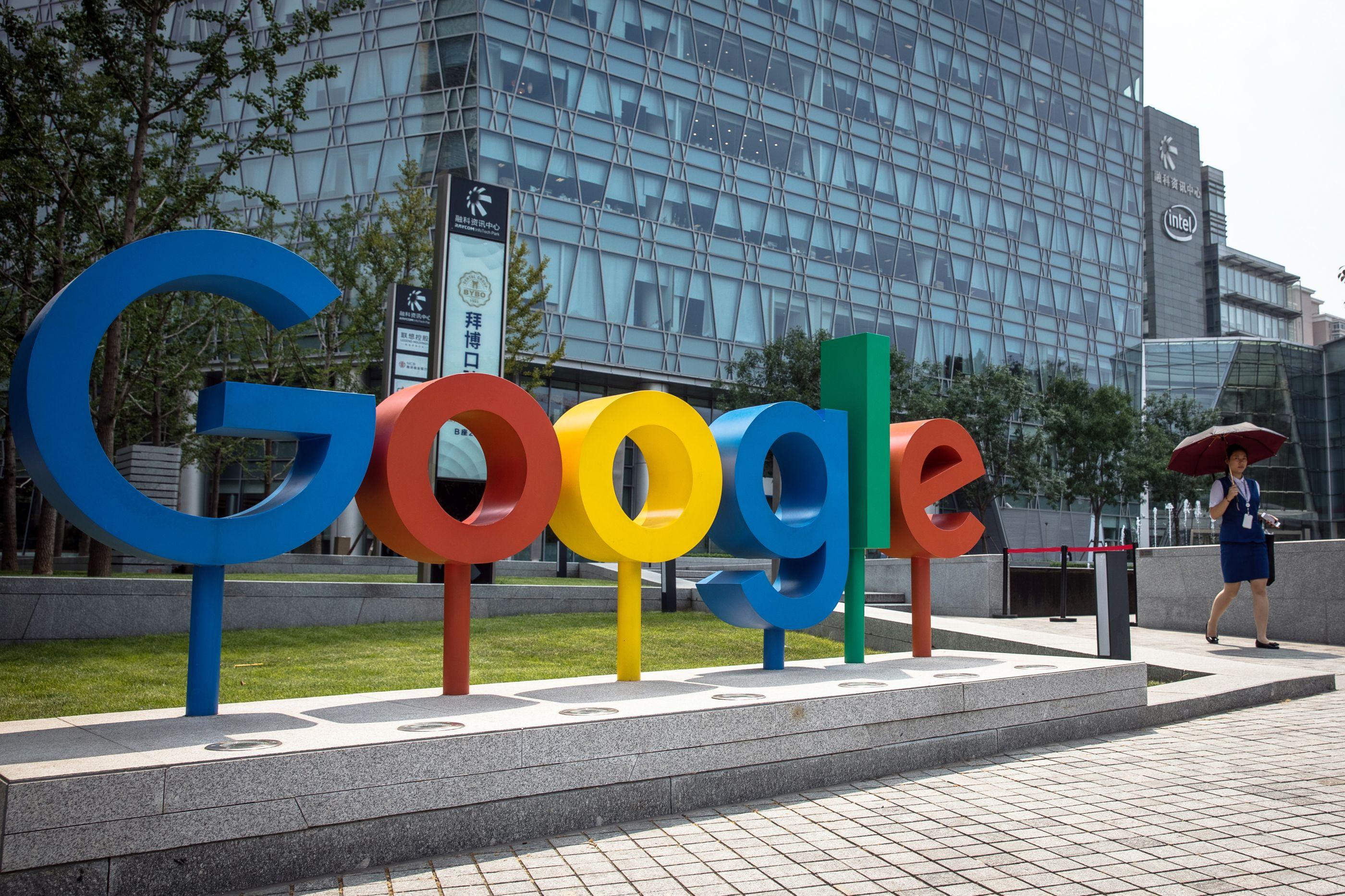 Falha na Google+ deixou expostos dados de meio milhão de contas