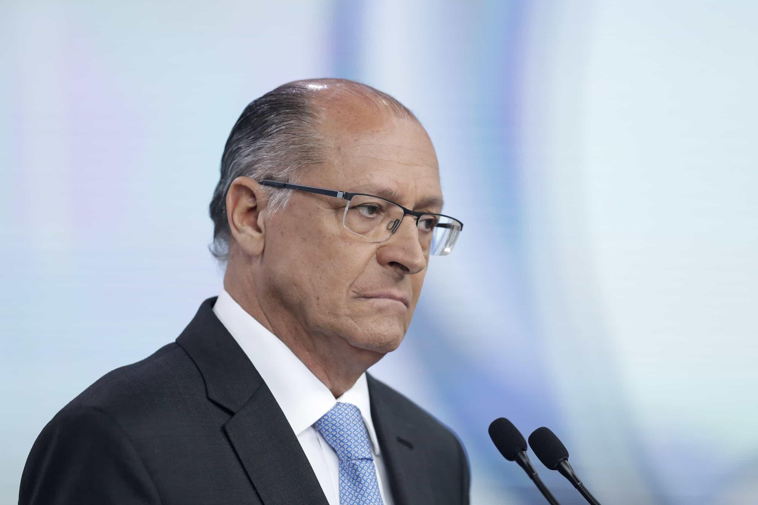 Brasil: Justiça bloqueia bens de ex-candidato presidencial por corrupção