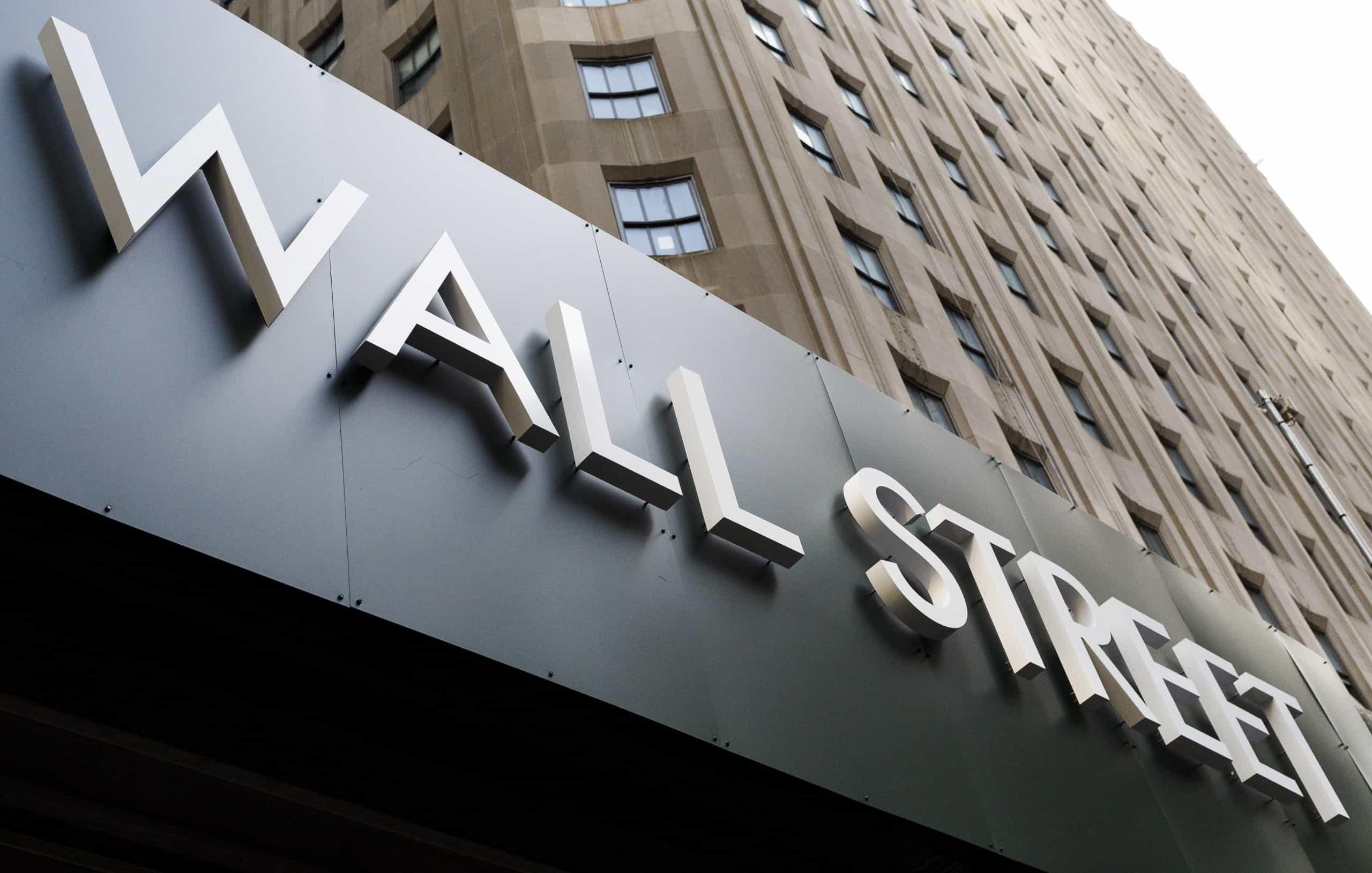 Bolsa de Nova Iorque segue mista após dados do emprego