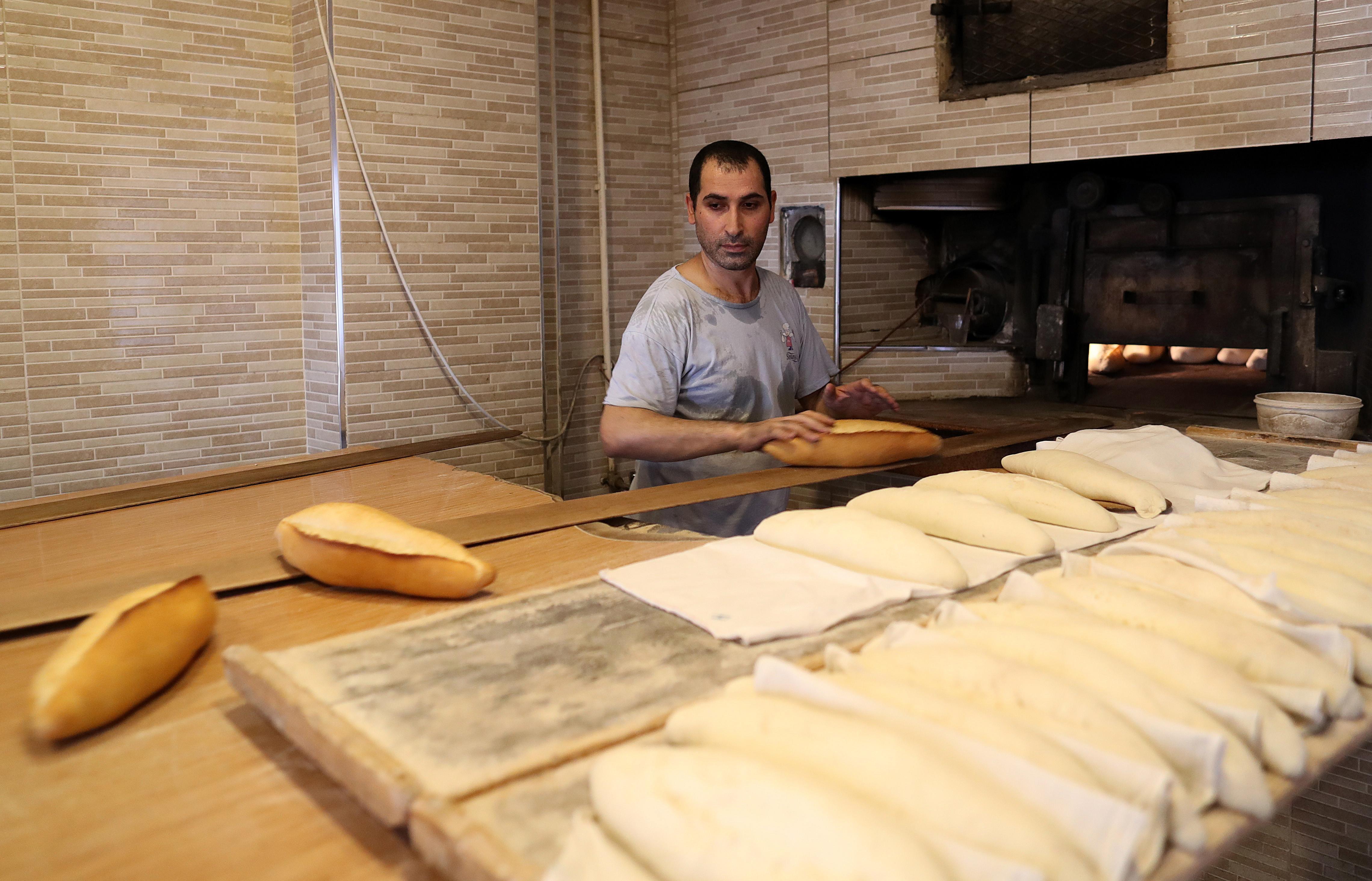 Pão pode aumentar em 2019 em função de subida do salário mínimo