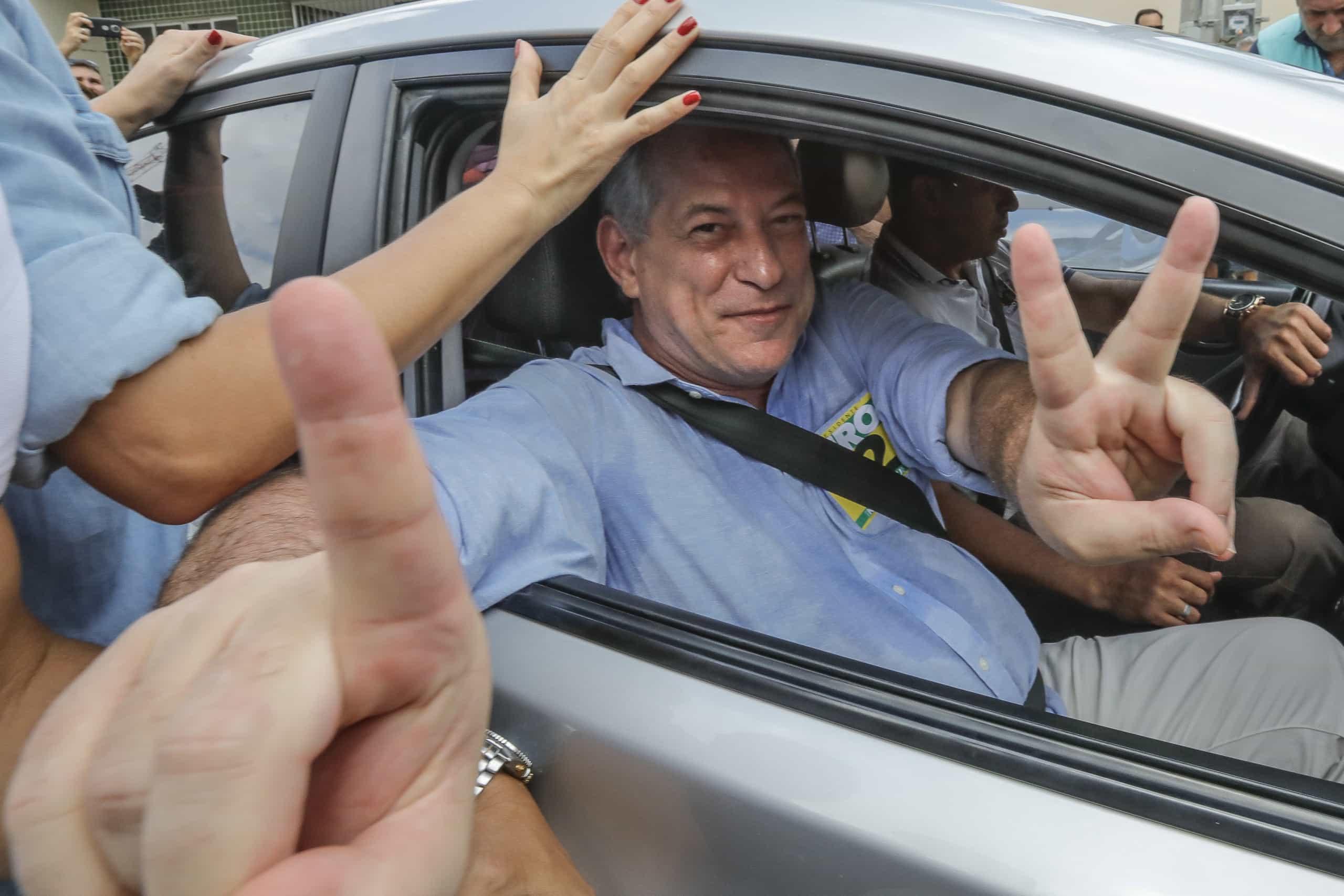 """Ciro Gomes disse ter sido """"miseravelmente traído"""" por Lula da Silva"""