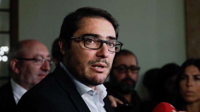 PCP interpela Governo sobre saúde e defende requisição civil de privados