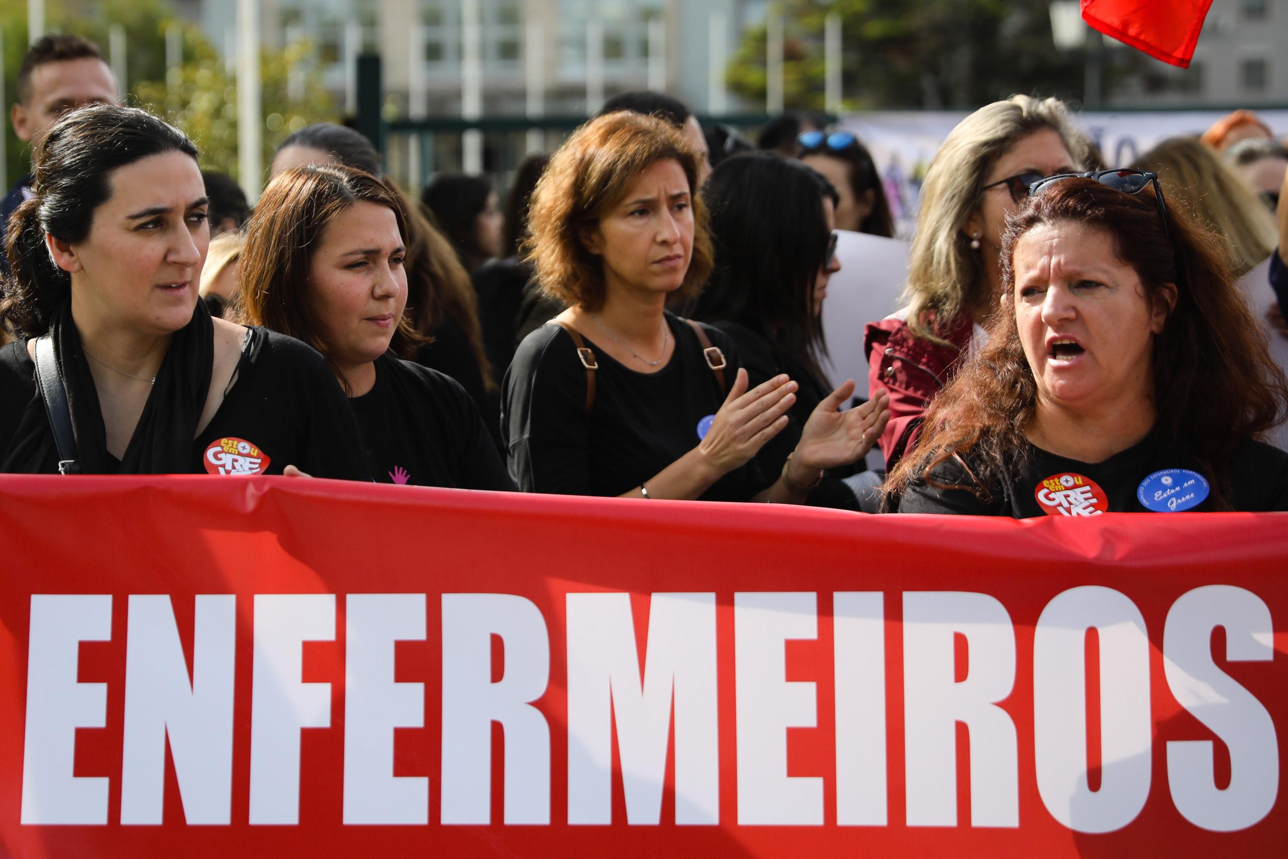 Adesão à greve dos enfermeiros nos 100% em Porto, Viseu e Faro