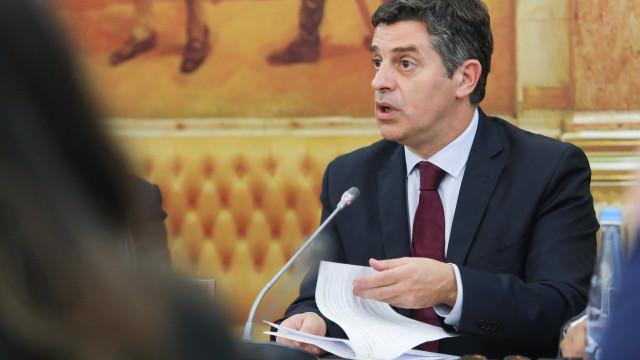 Caldeira Cabral ouvido hoje sobre nomeação para regulador dos seguros