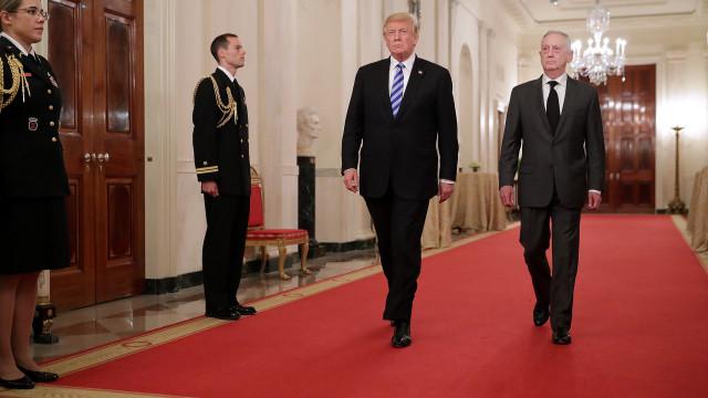 """Trump disse ter tido """"boa conversa"""" com presidente chinês sobre comércio"""