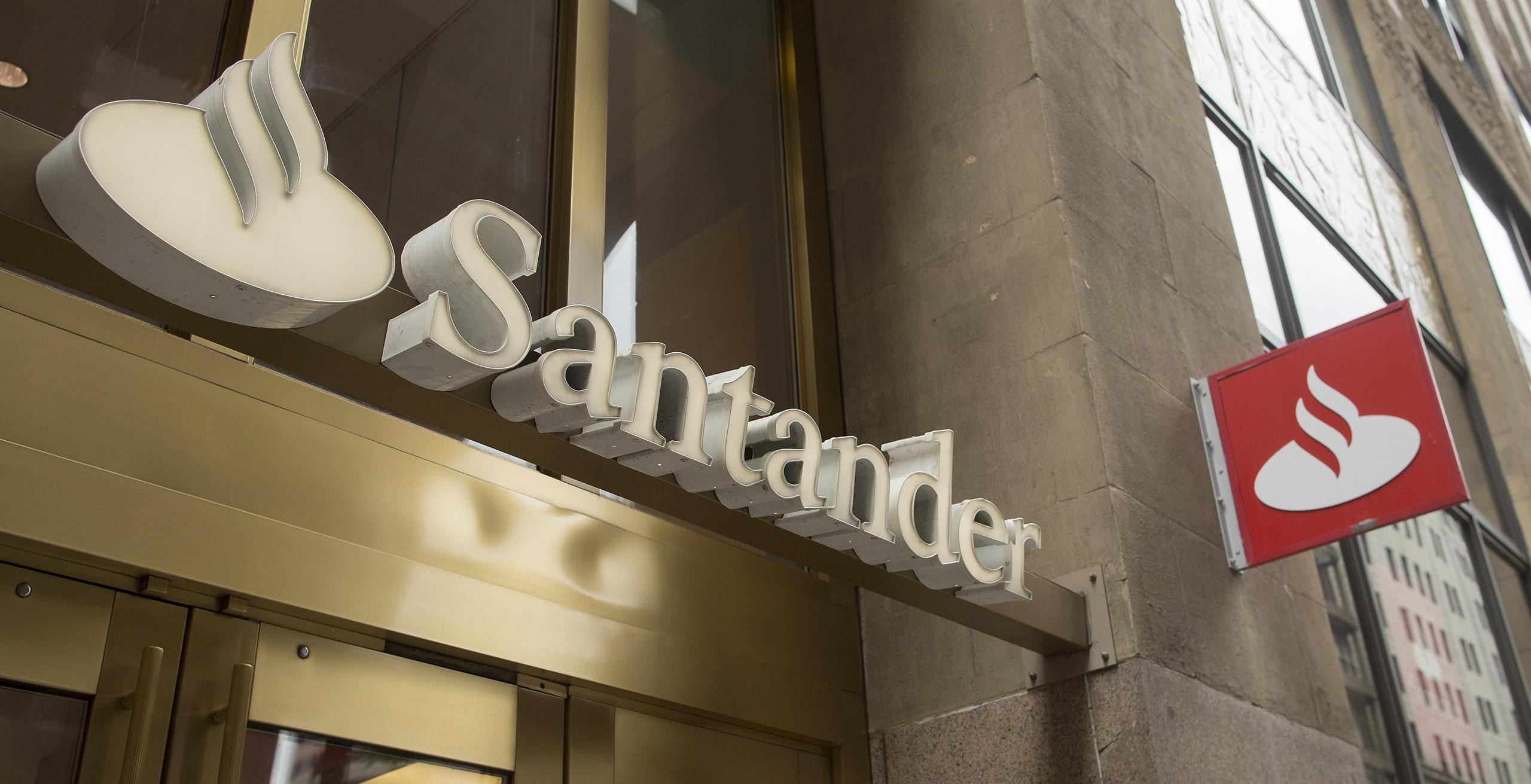 """Santander diz-se prejudicado por injeções no Novo Banco """"desde o início"""""""
