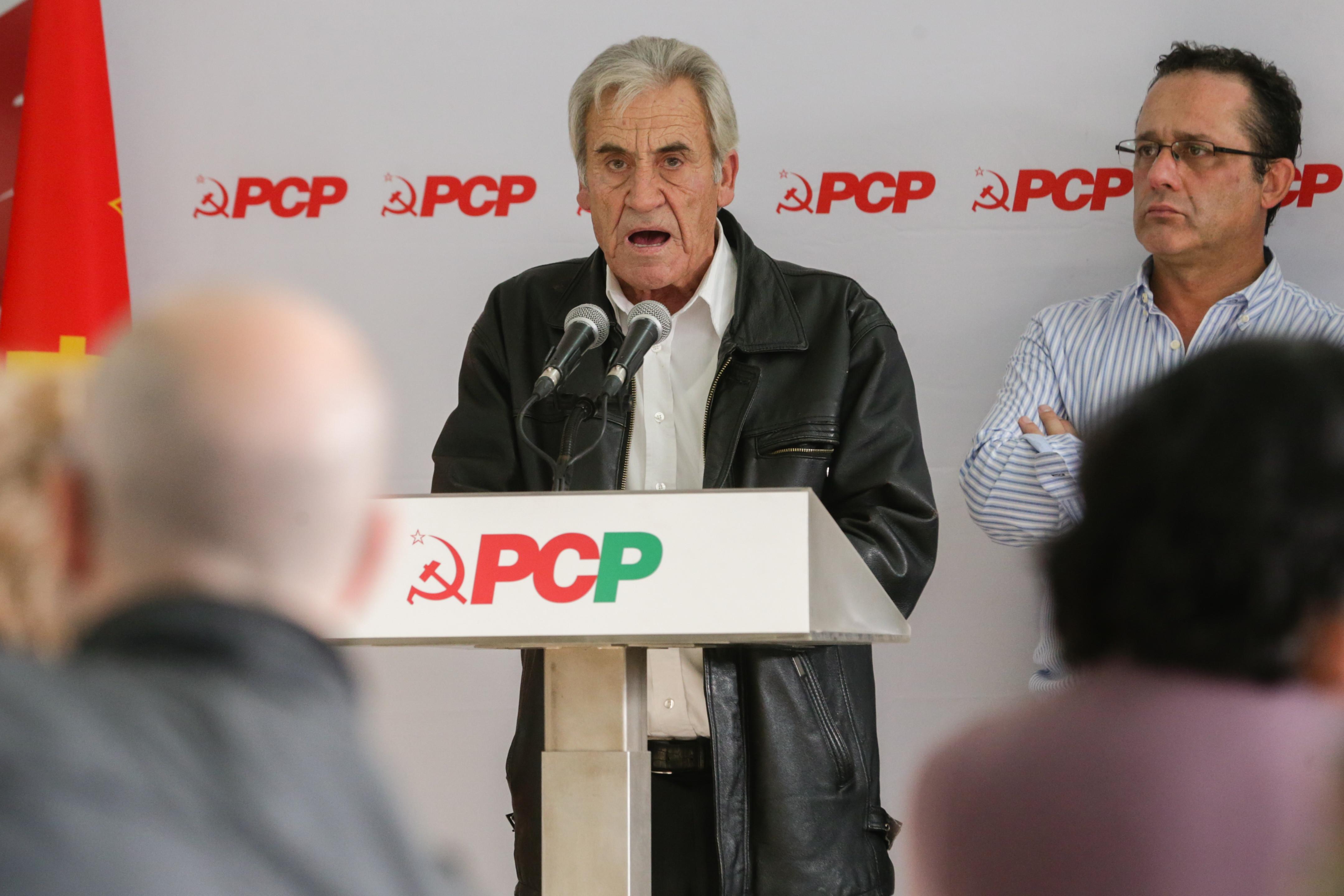 """Presidente é """"muito prolixo"""", mas PCP identifica-se com as intervenções"""