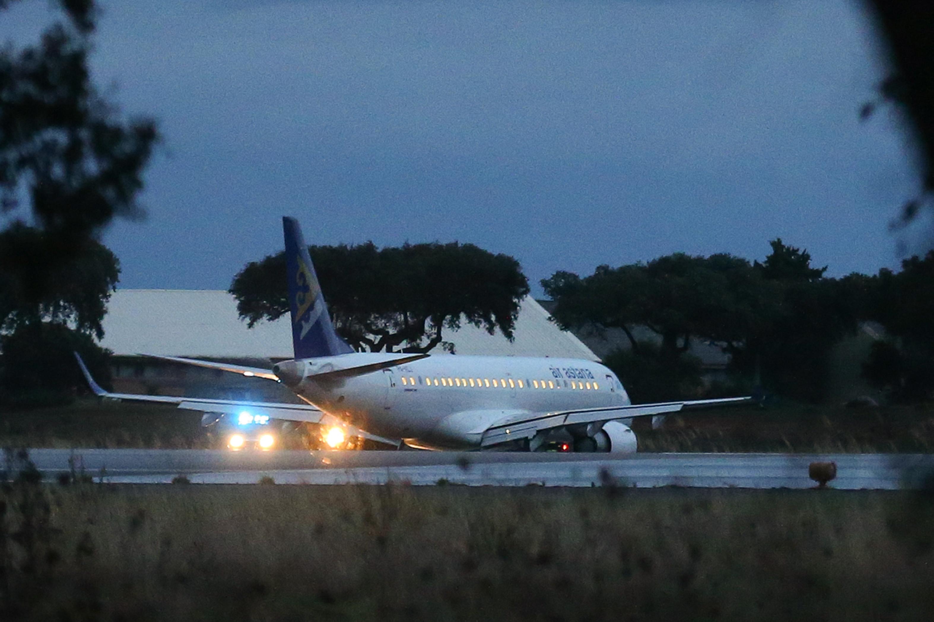 Problemas nos eixos de controlo podem explicar emergência do avião