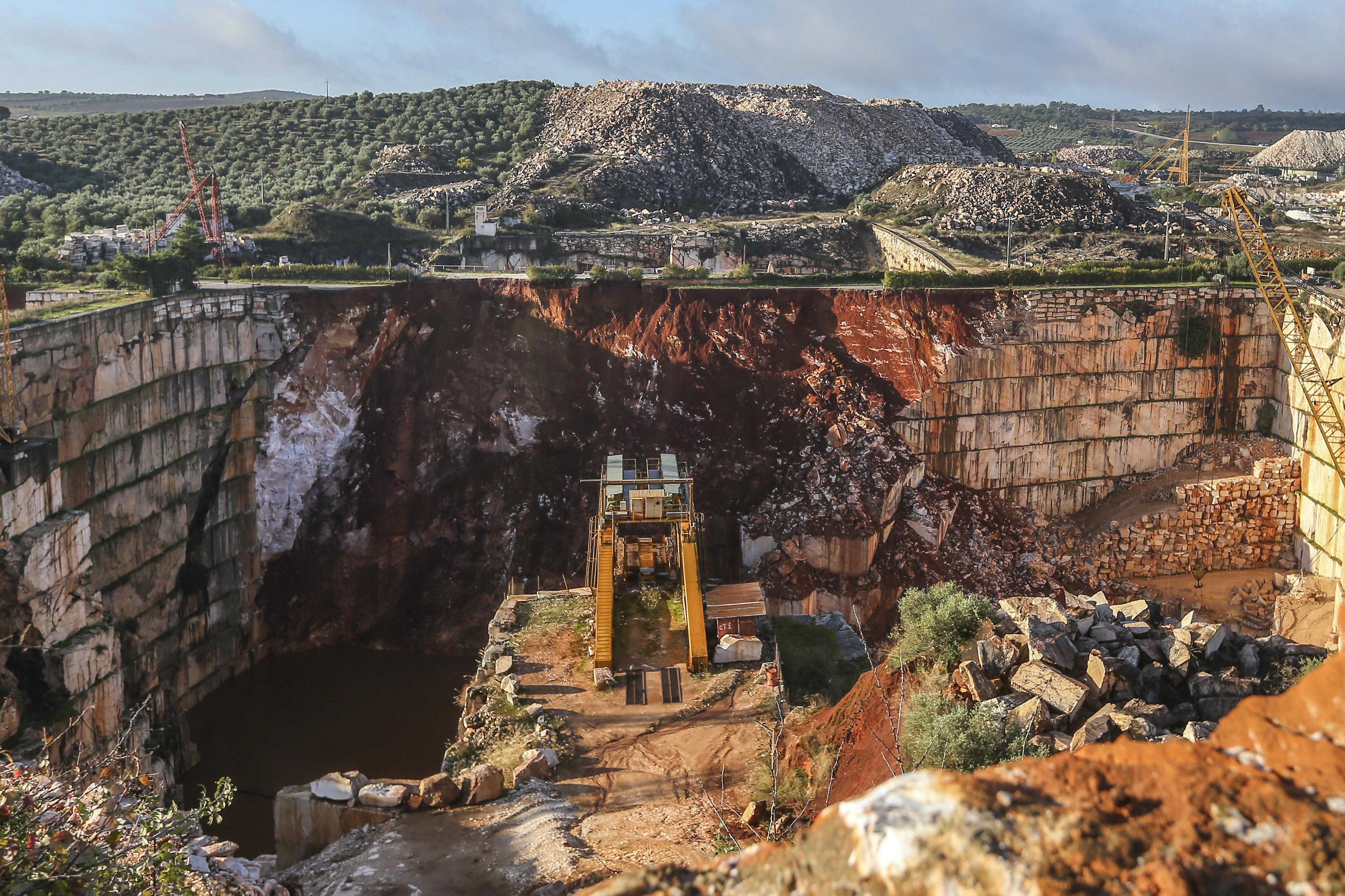 Ministério do Ambiente propôs há quatro anos o encerramento da EN255