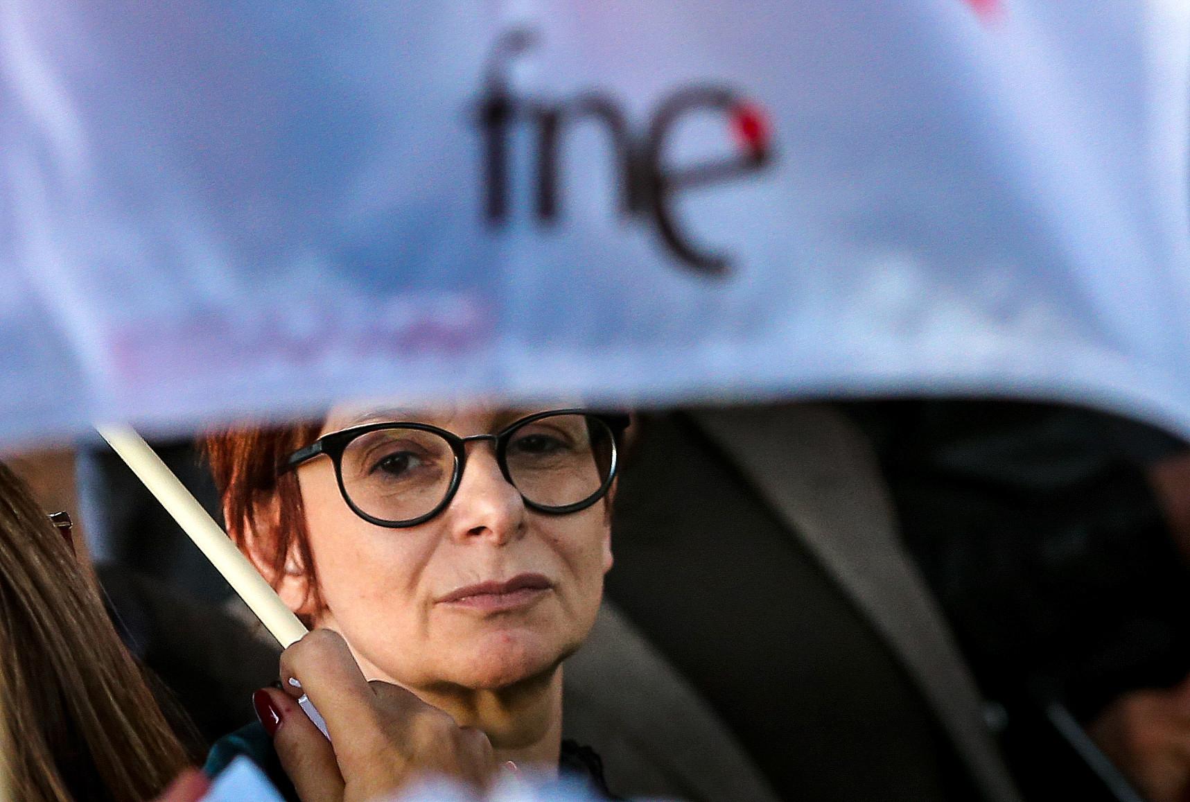 """FNE manifesta """"profunda insatisfação"""" por se manterem """"práticas de abuso"""""""