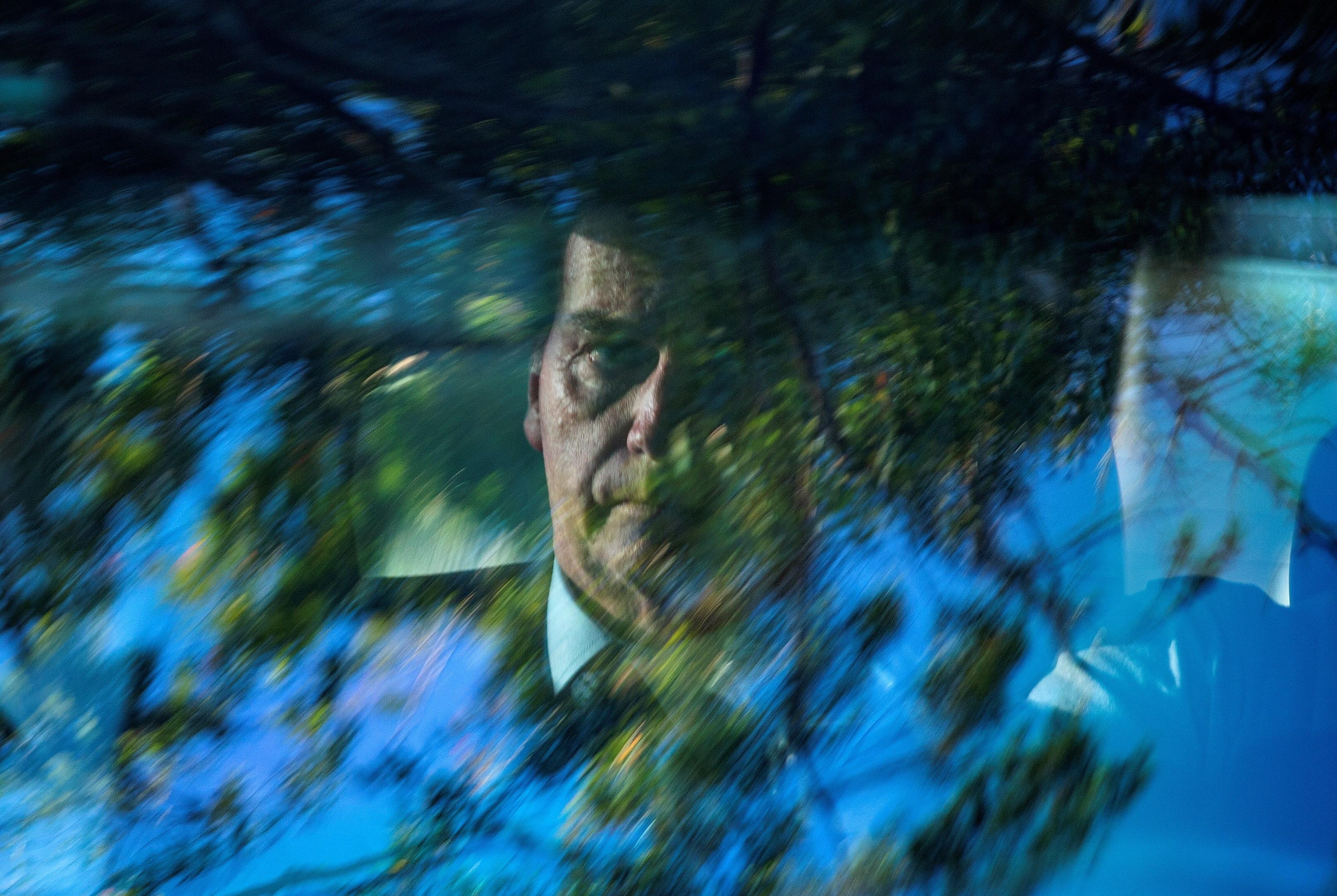 Bolsonaro quer recuperar para o Brasil valores característicos do Natal