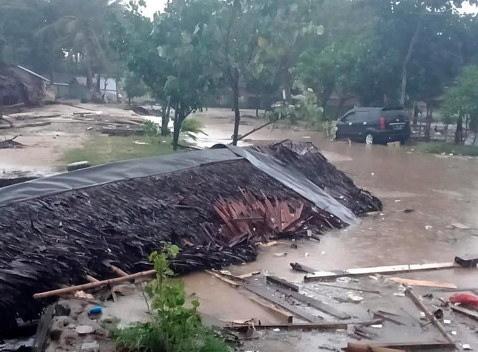 Autoridades indonésias confundiram tsunami mortal com maré crescente
