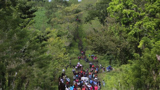 EUA fazem exames médicos a menores após morte de segunda criança migrante