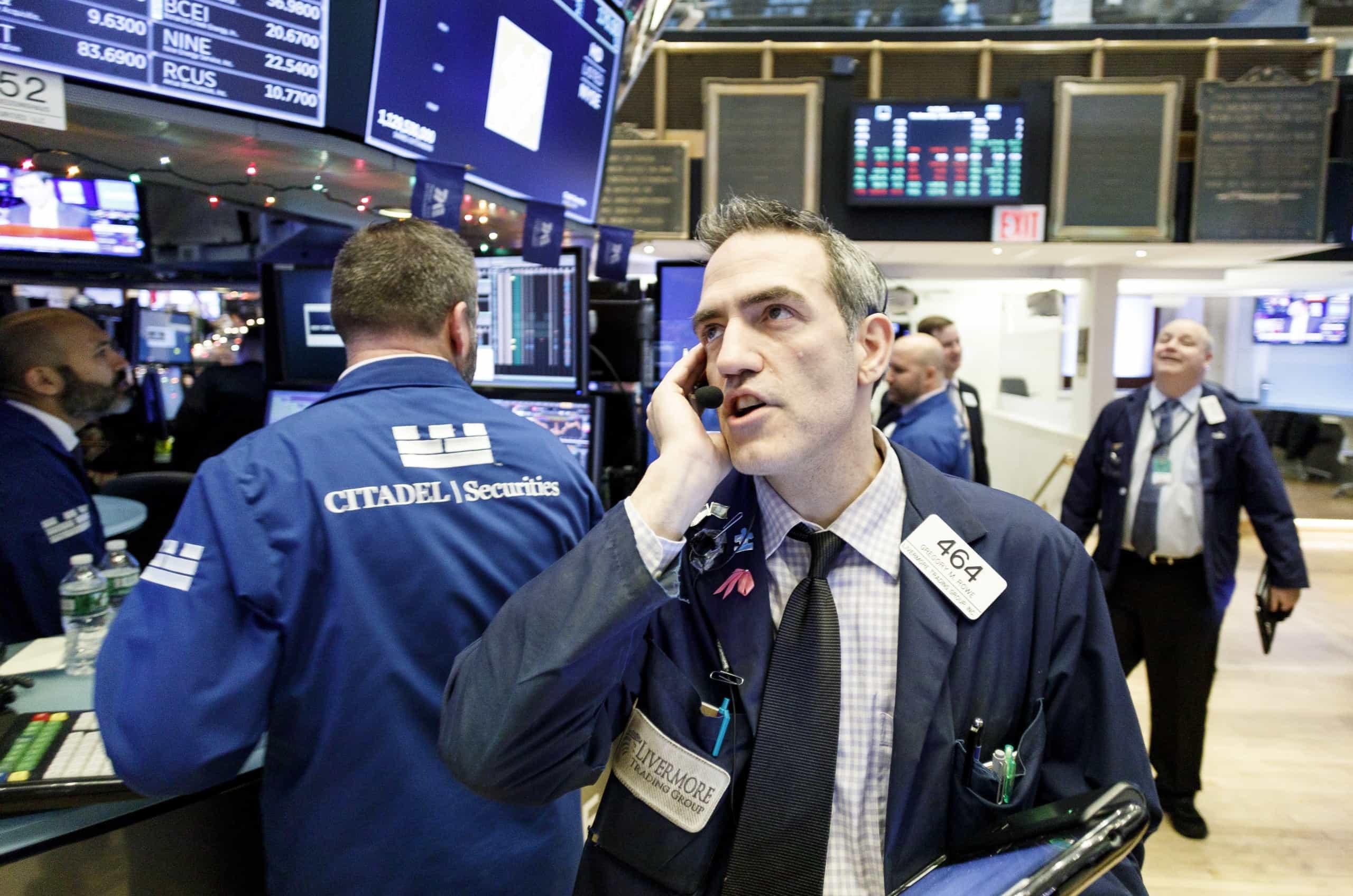 Wall Street fecha em alta graças a perspetivas de desanuviamento